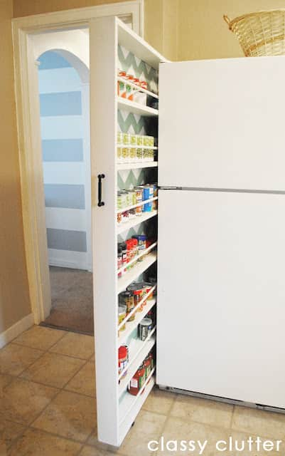 10 Inspiring Small-Space Pantries: gallery image 5