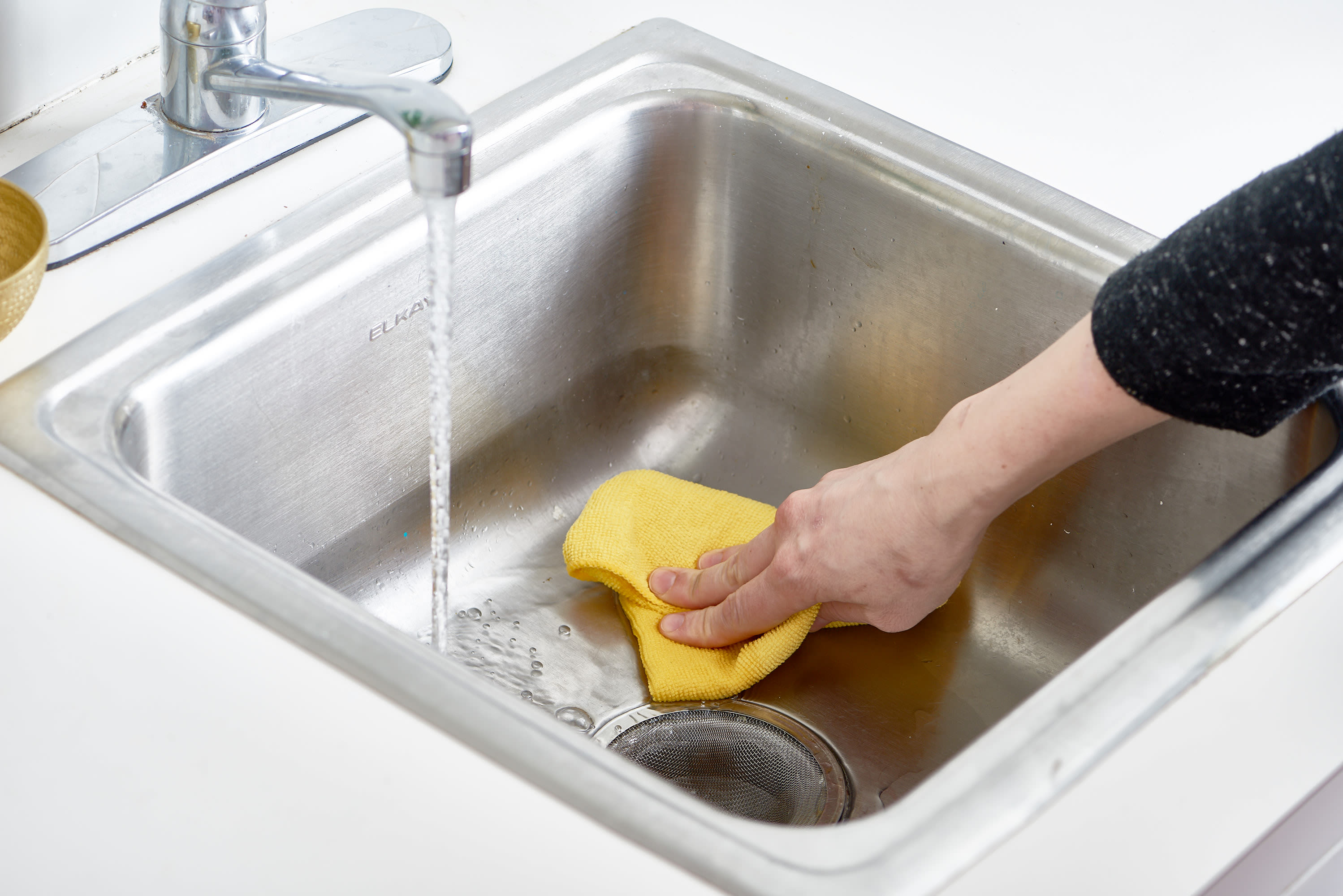 How To Polish A Stainless Steel Sink With Flour (Yes, Flour!):