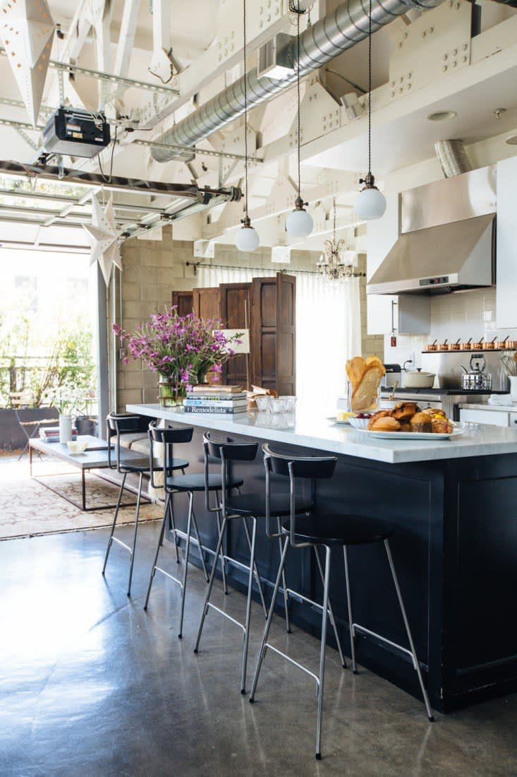7 Loft-Style Kitchens We'd Love to Cook In: gallery image 1