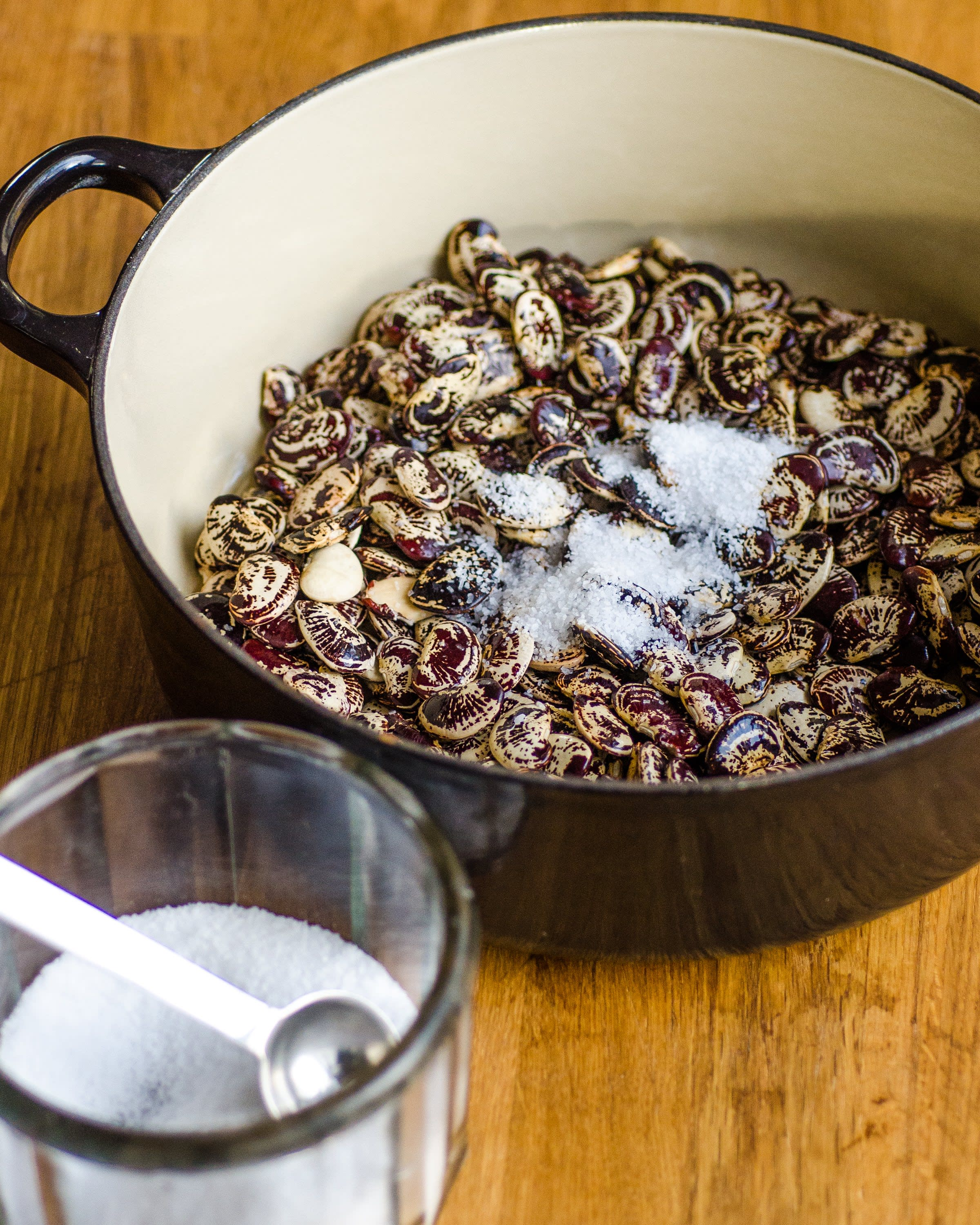 How To Cook Beans in the Oven: gallery image 3