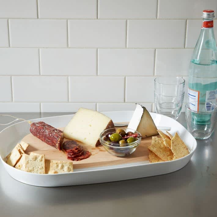 5 Pieces of Perfect Partyware For Tailgating and Beyond: gallery image 4