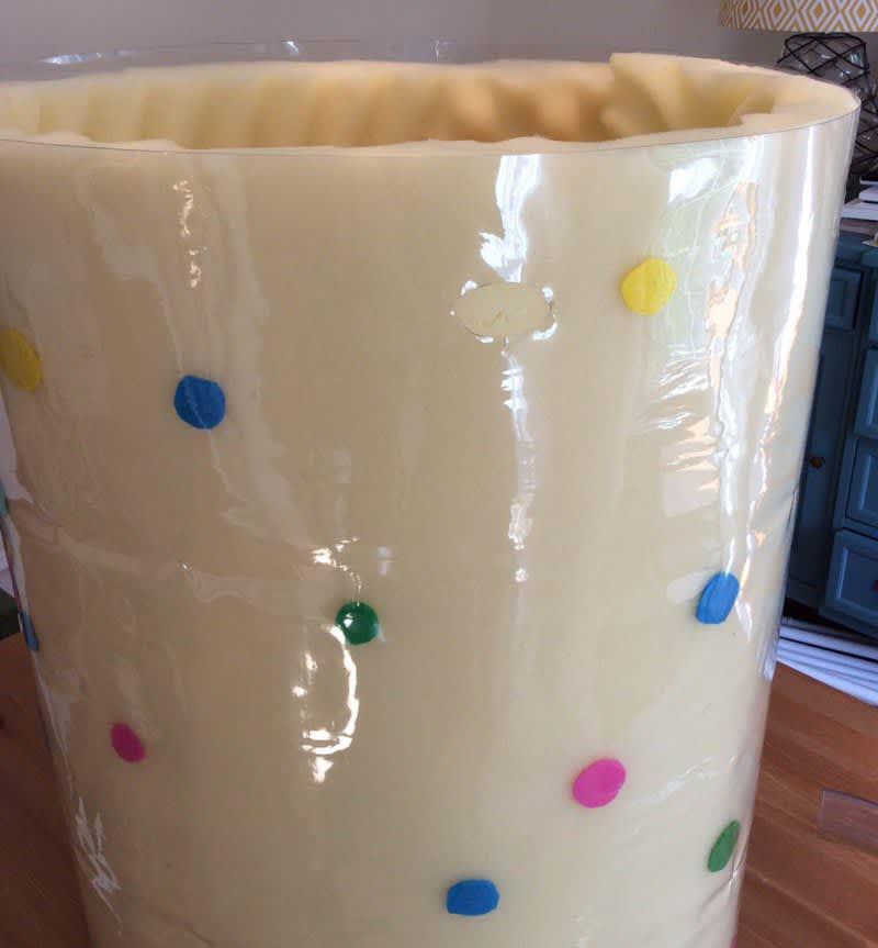 A Funfetti Mug Cake Costume for Halloween: gallery image 3