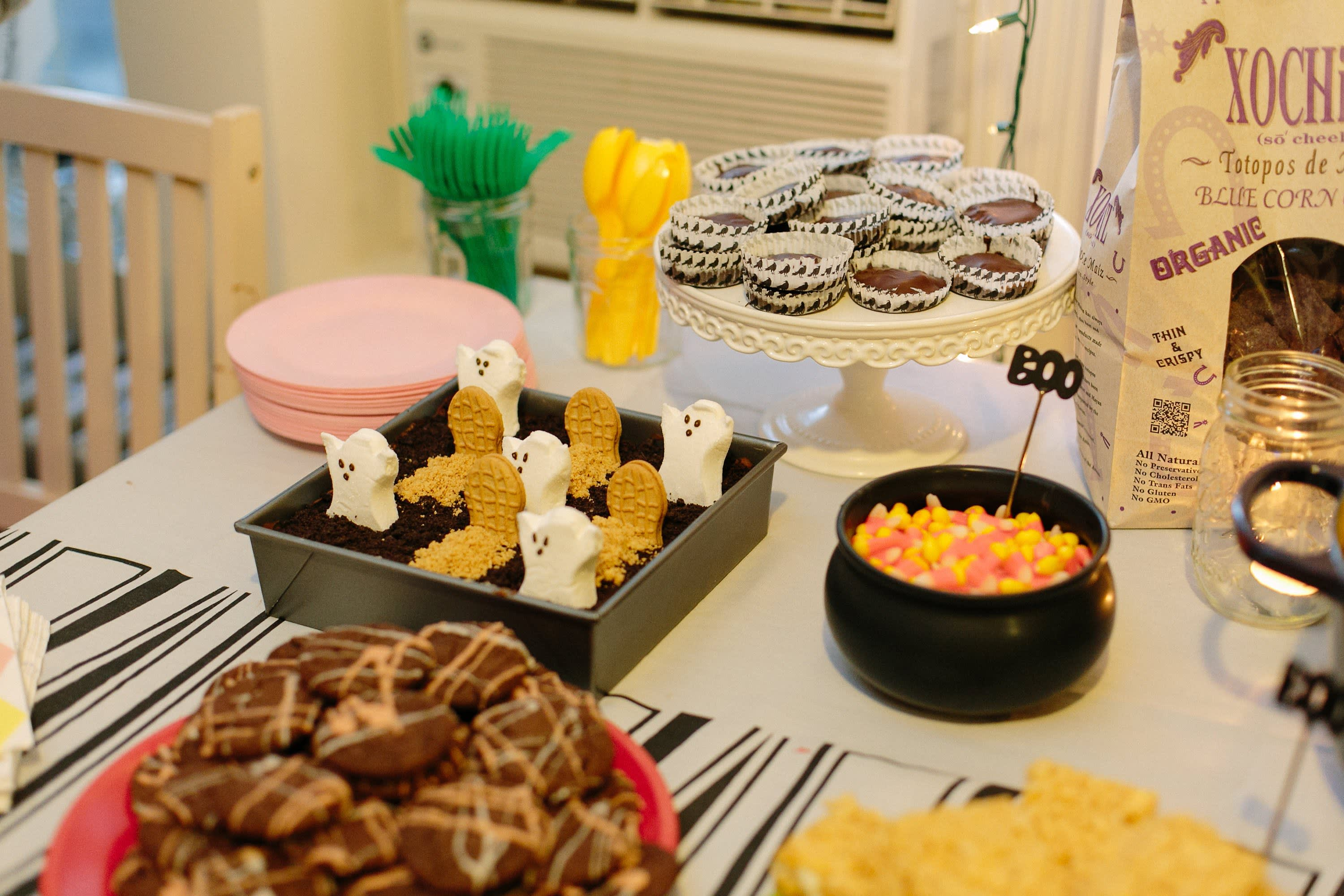 A Spooky Colorful Halloween Party: gallery image 9