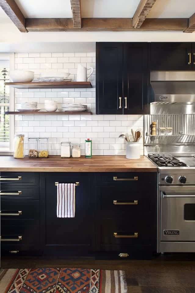 Black Kitchens Are Not Spooky. Here Are 5 That Prove It.: gallery image 3