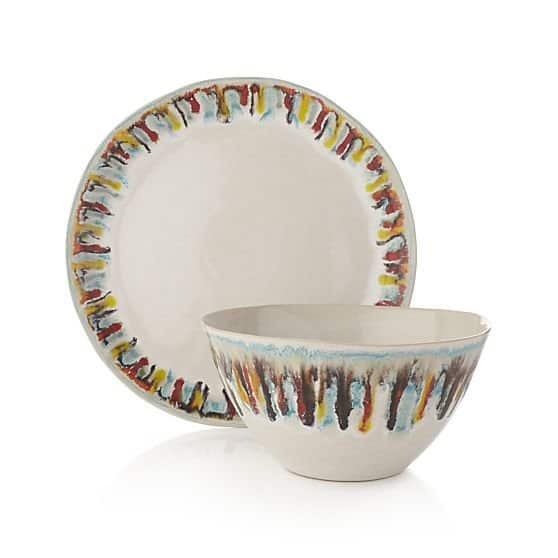 10 New Dinnerware Sets That Deserve a Place at the Table: gallery image 10