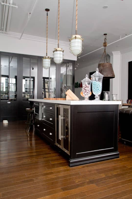 Black Kitchens Are Not Spooky. Here Are 5 That Prove It.: gallery image 5