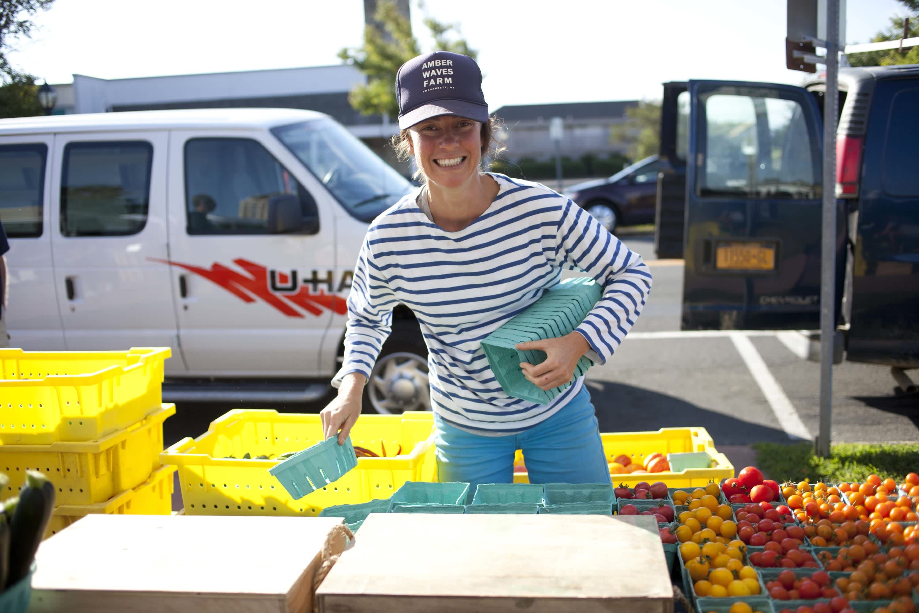 How Produce Gets from the Farm to a Farmers Market: gallery image 38