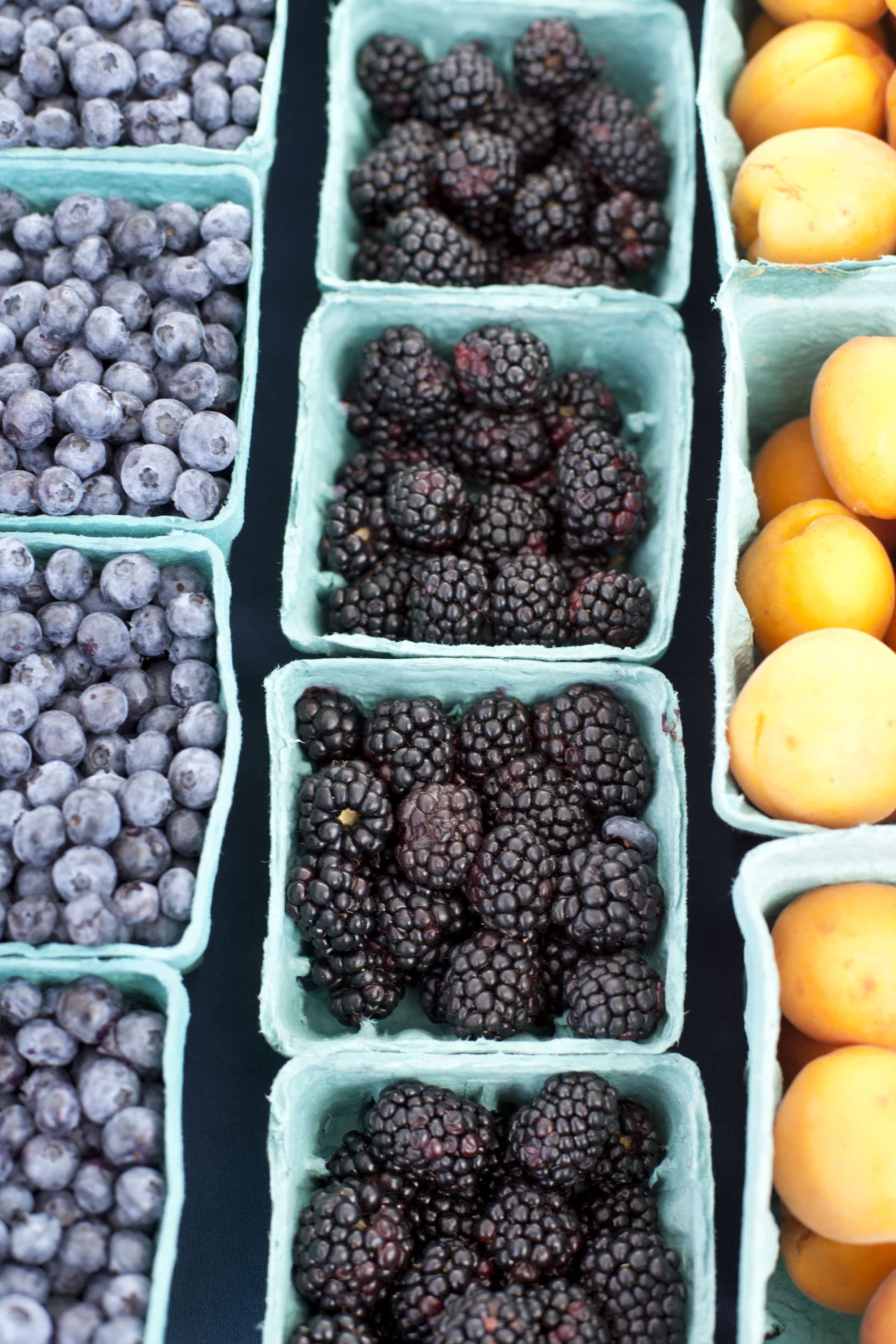 How Produce Gets from the Farm to a Farmers Market: gallery image 25