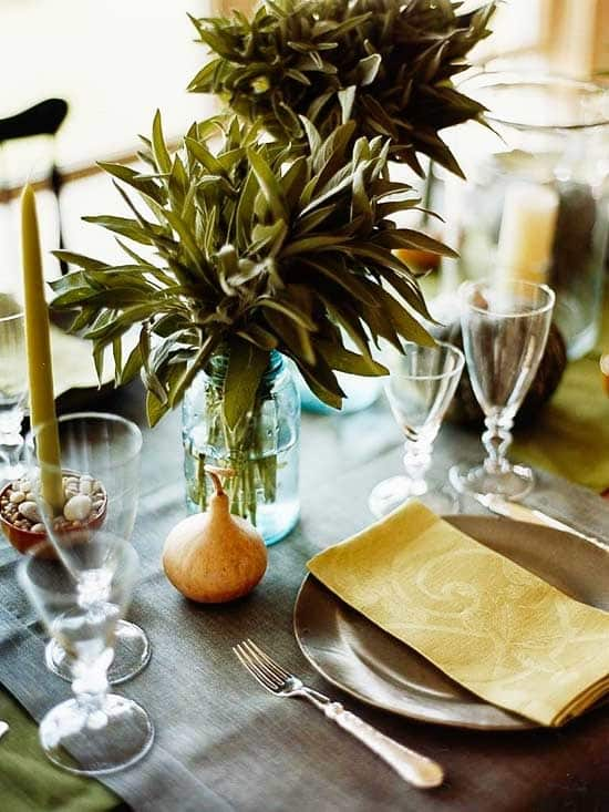 8 Beautiful, Last-Minute Ideas for Your Thanksgiving Table: gallery image 1