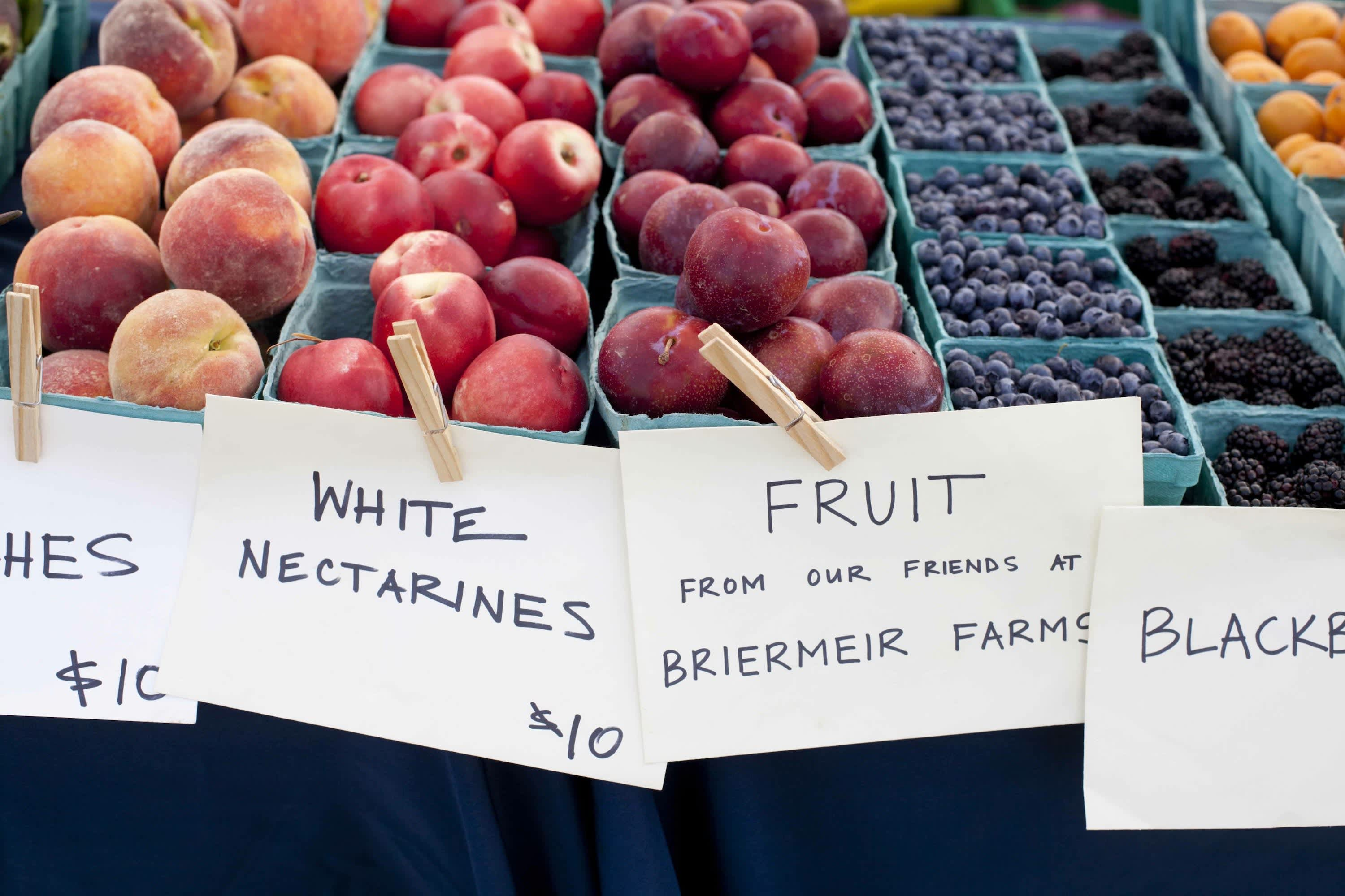 How Produce Gets from the Farm to a Farmers Market: gallery image 18