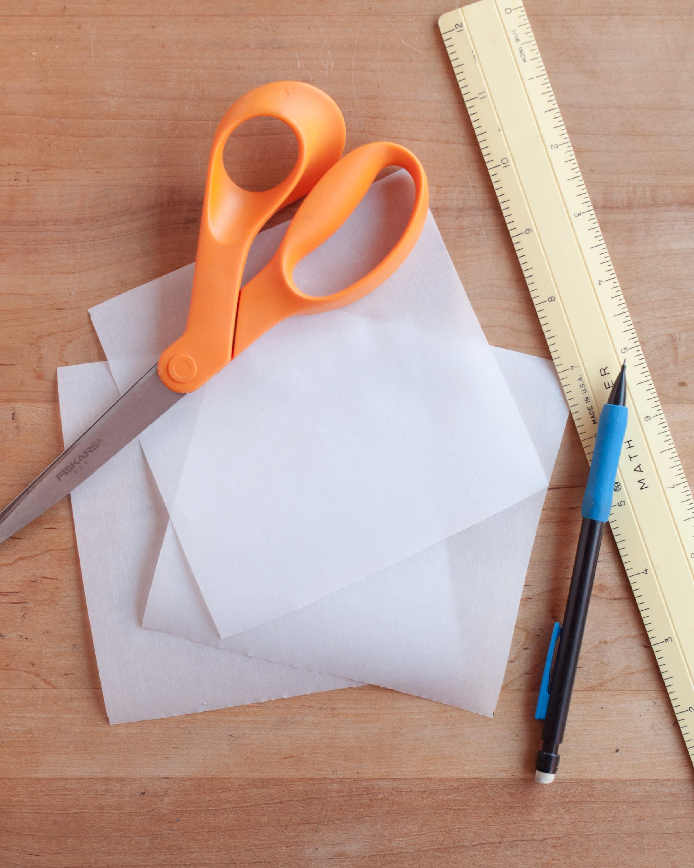 How To Make Muffin Liners Out of Parchment Paper: gallery image 6