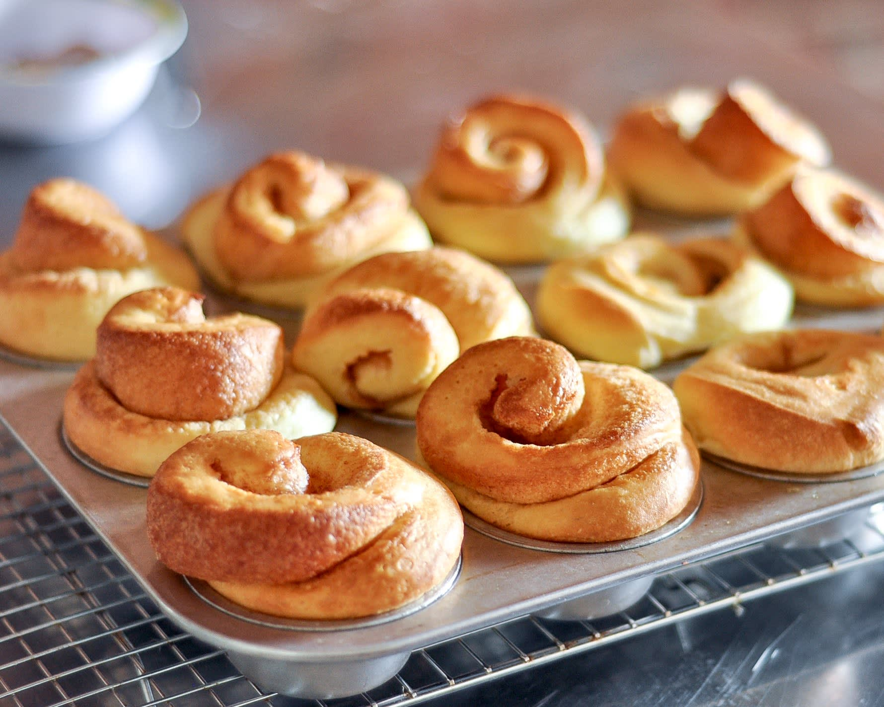 How To Make Kugelhopf Breakfast Rolls: gallery image 13