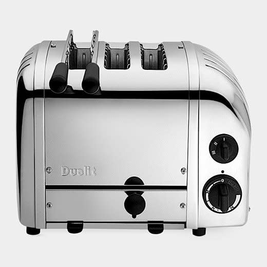 10 Design-Friendly Toasters You'll Be Happy to Have on Your Counter: gallery image 6