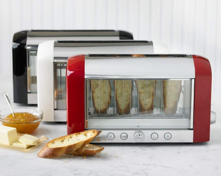 10 Design-Friendly Toasters You'll Be Happy to Have on Your Counter: gallery image 1