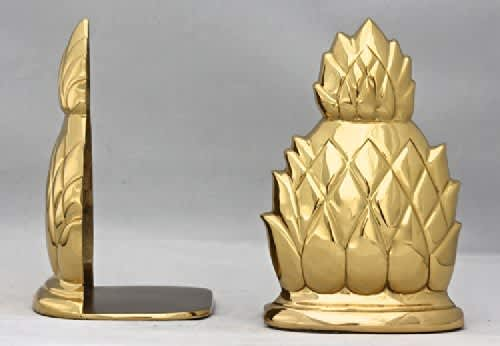10 Clever Food-Themed Bookends for Your Cookbook Collection: gallery image 8