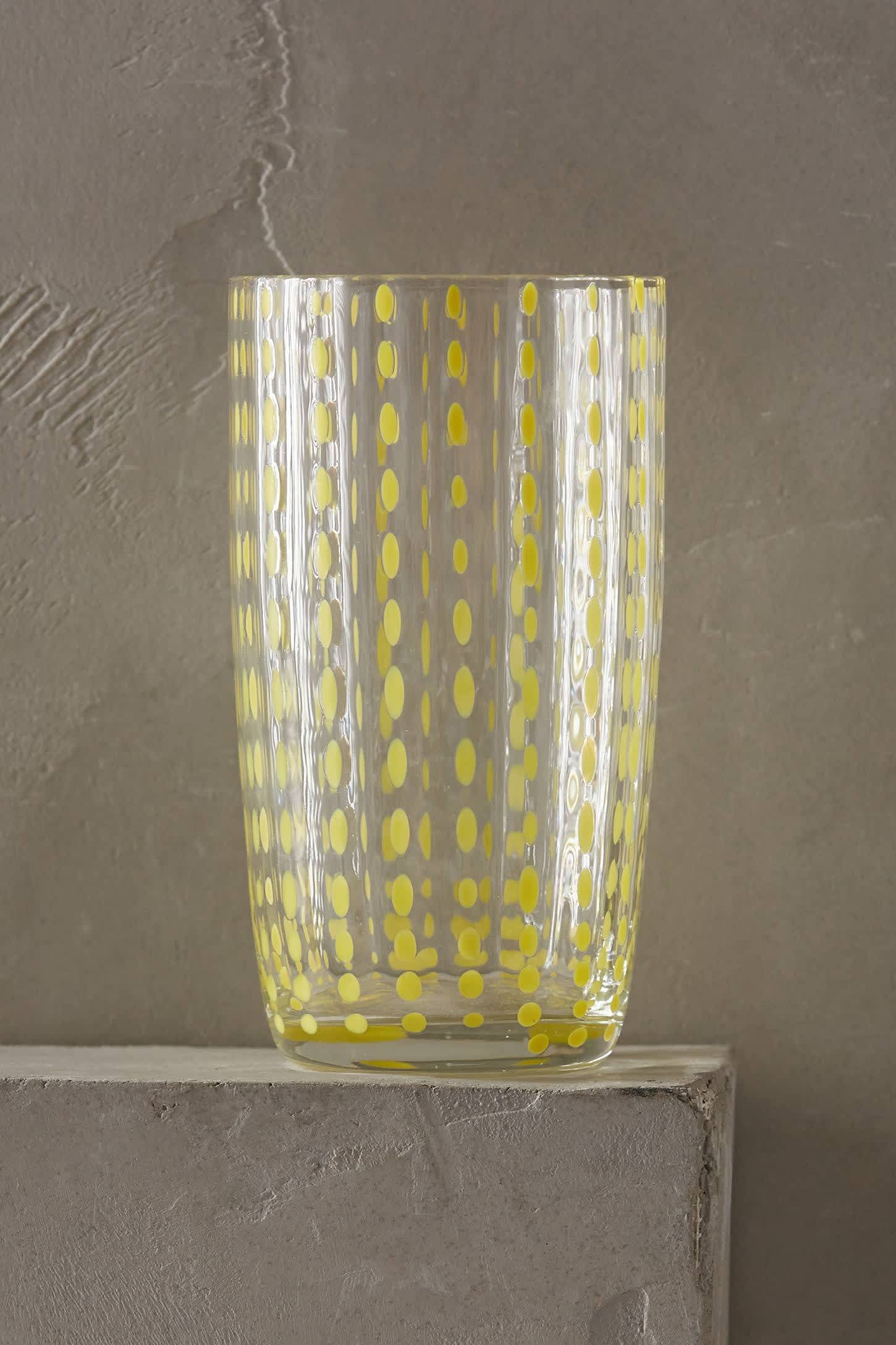 15 Patterned Glasses to Perk up Your Dinner Table: gallery image 5