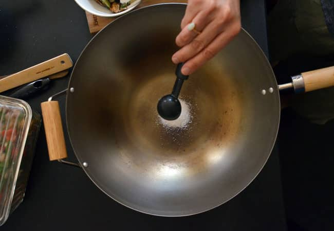 How To Buy and Season a New Wok: gallery image 18