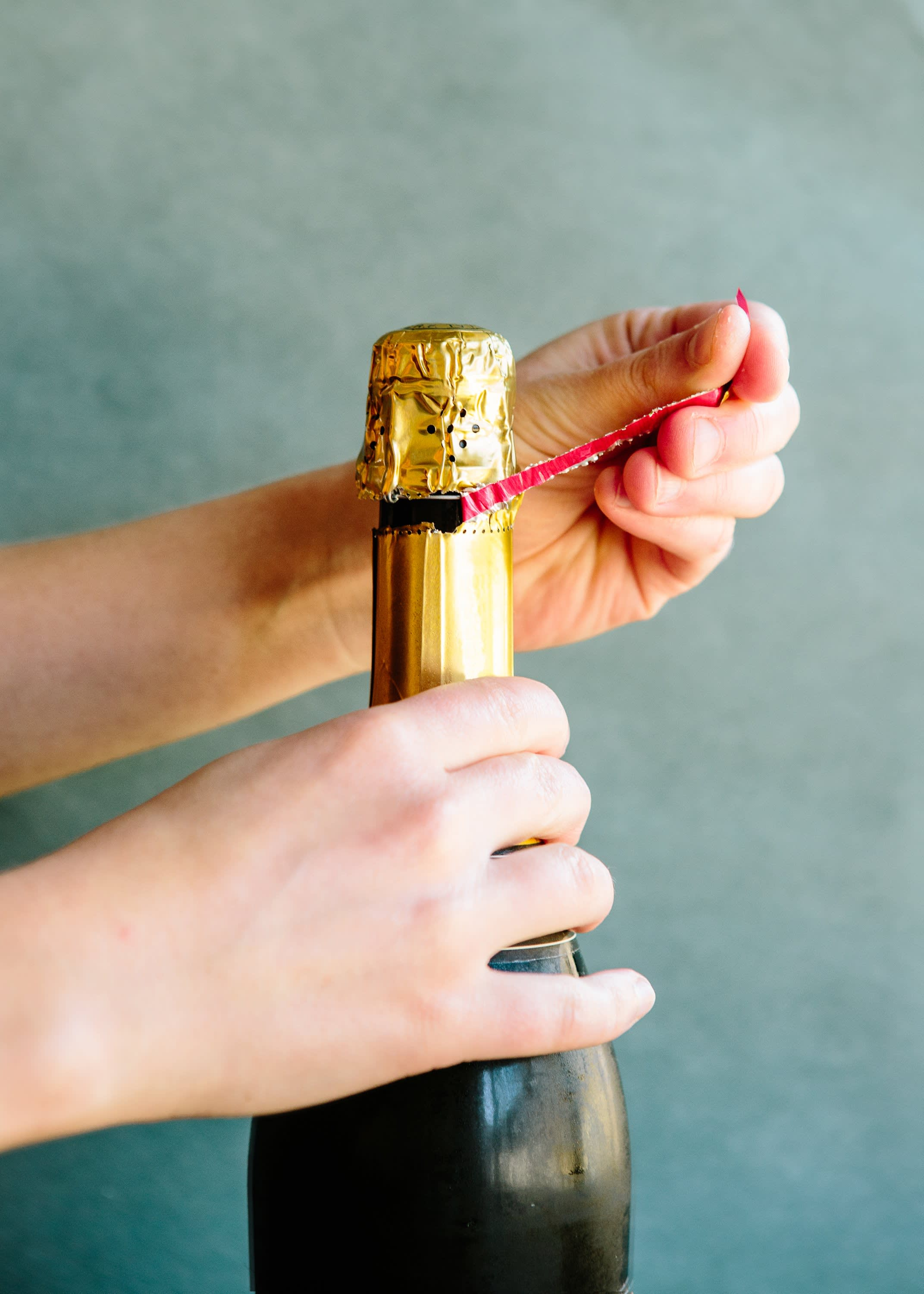 How To Open a Bottle of Champagne: gallery image 1