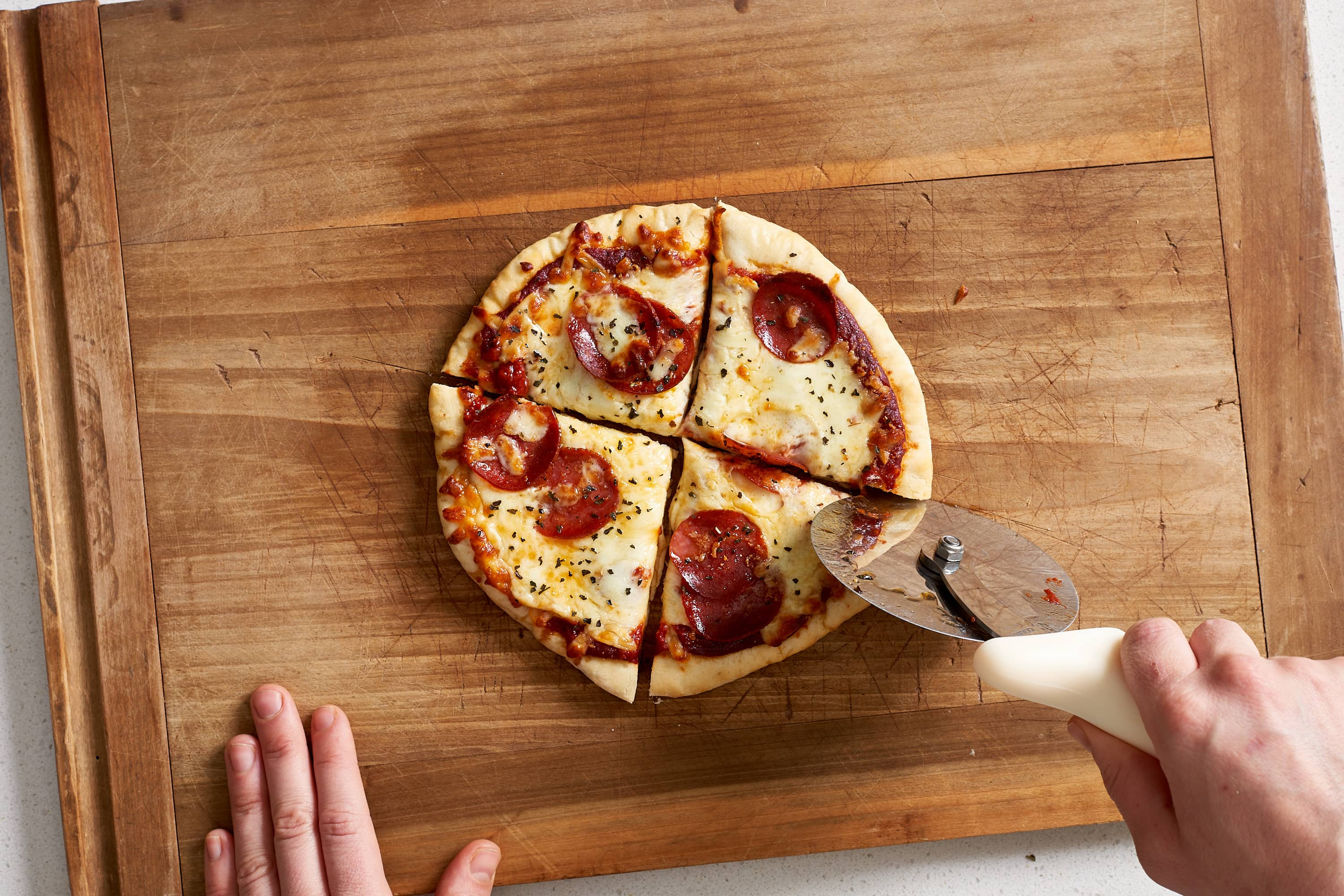How To Make Frozen Pizzas at Home: gallery image 12