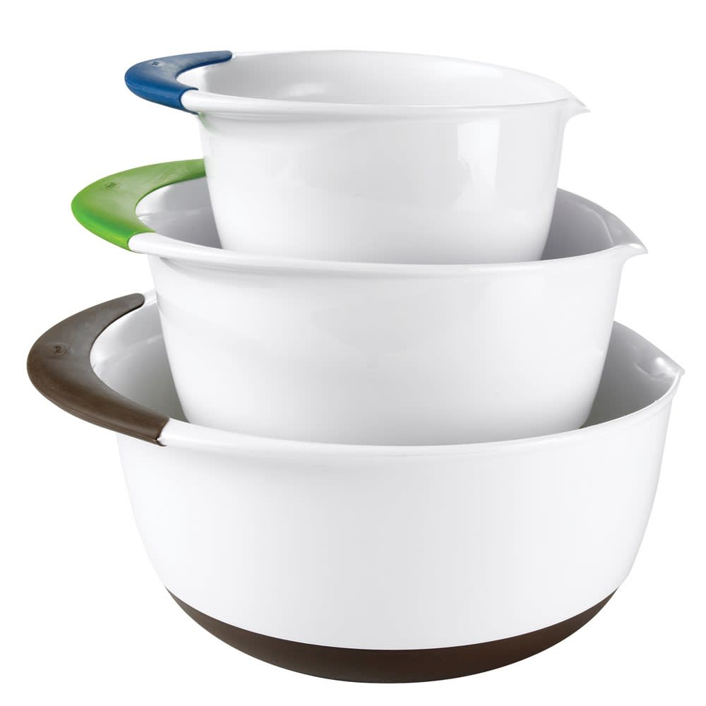 15 Classic Mixing Bowls with Pouring Spouts: gallery image 4