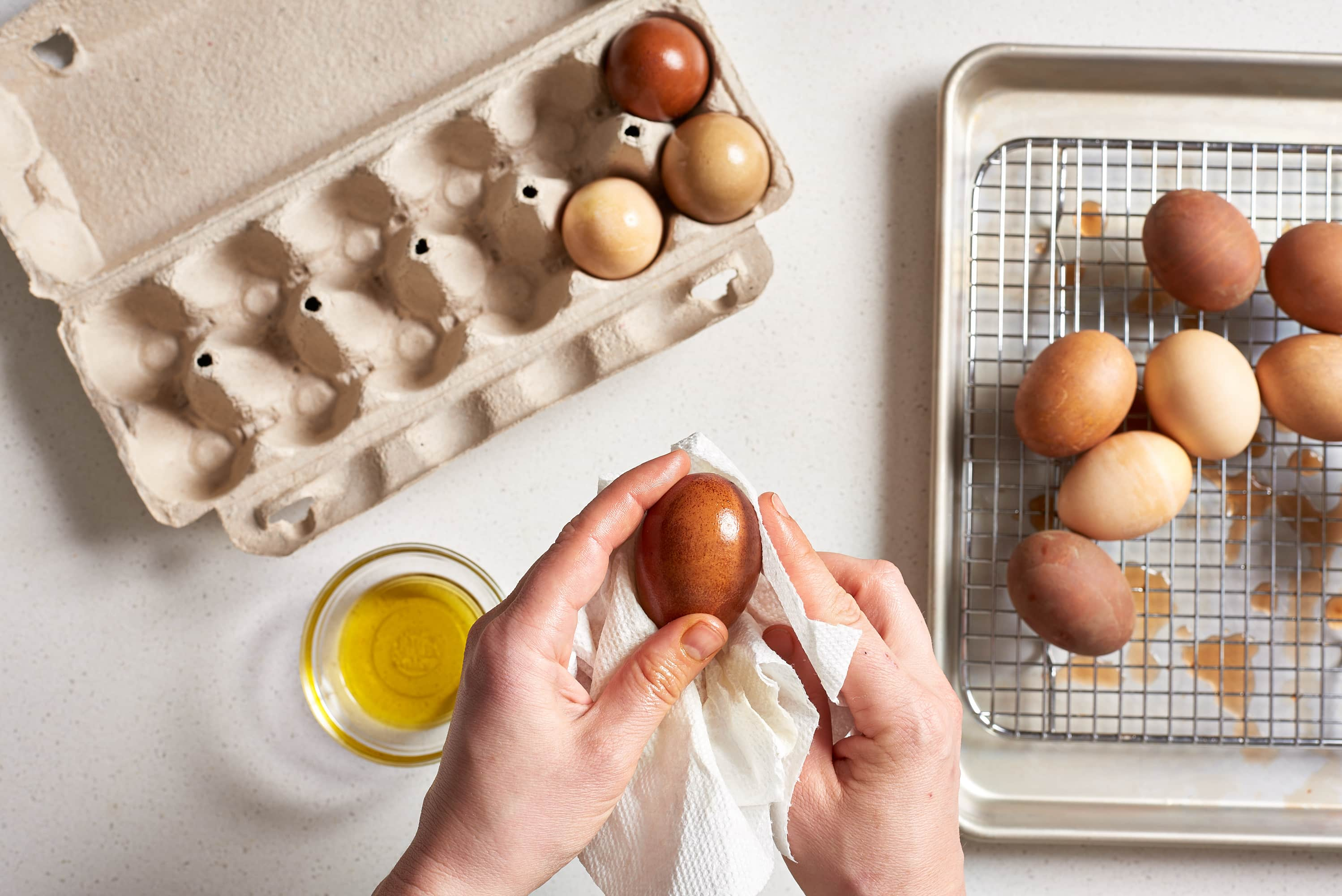 How To Dye Easter Eggs with Onion Skins: gallery image 7