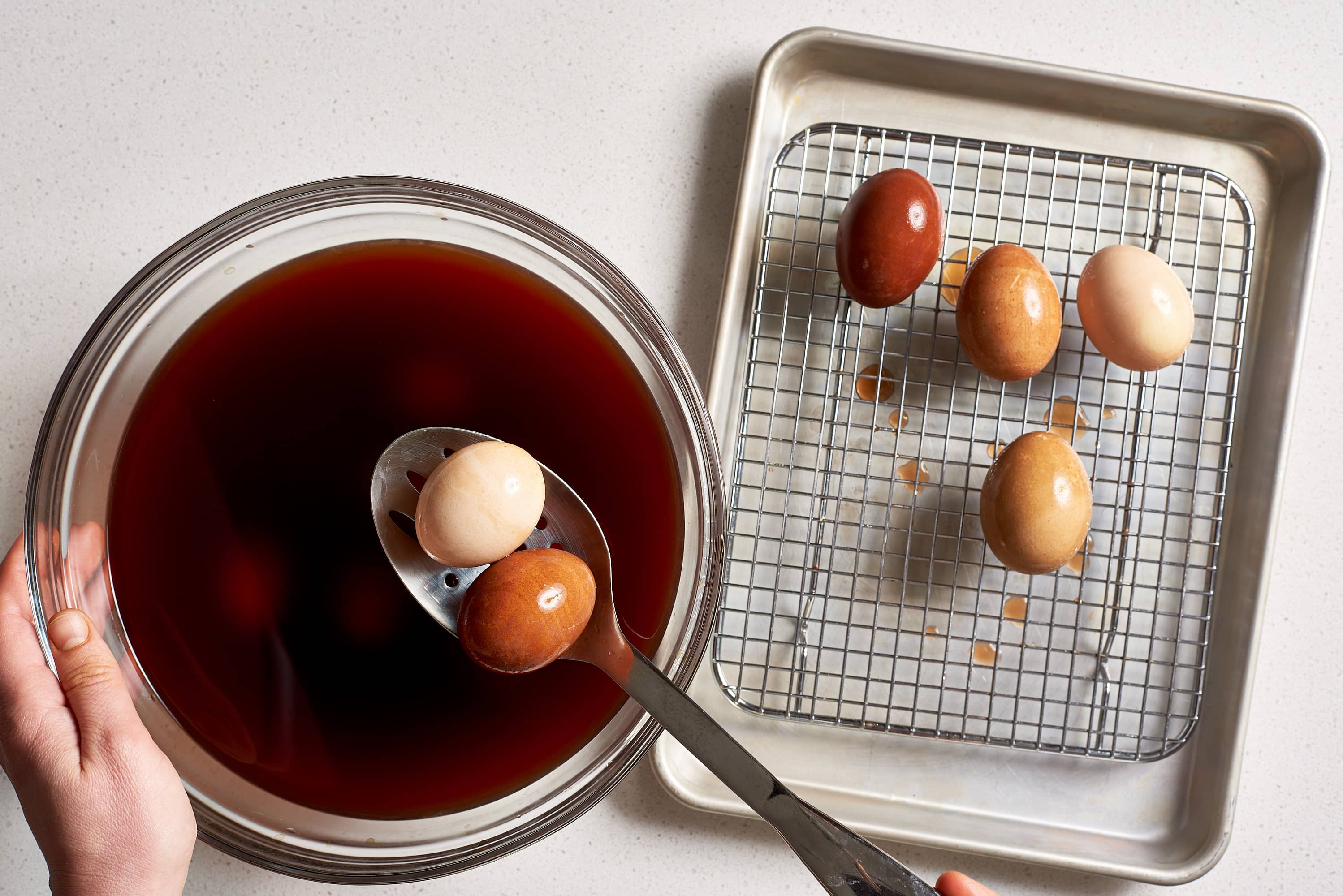 How To Dye Easter Eggs with Onion Skins: gallery image 6