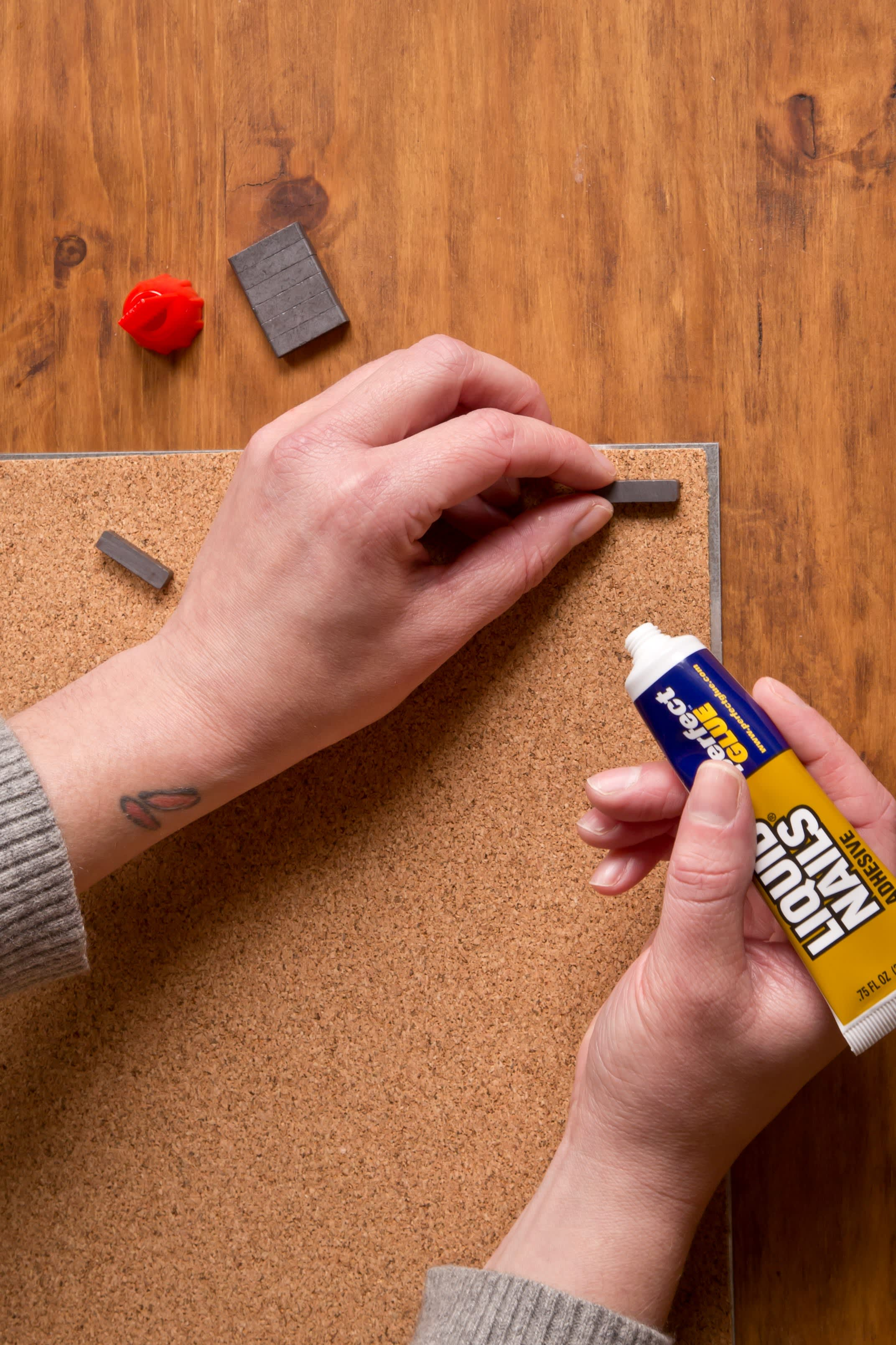 How To Make a Magnetic Galvanized Steel Dry Erase Board: gallery image 4