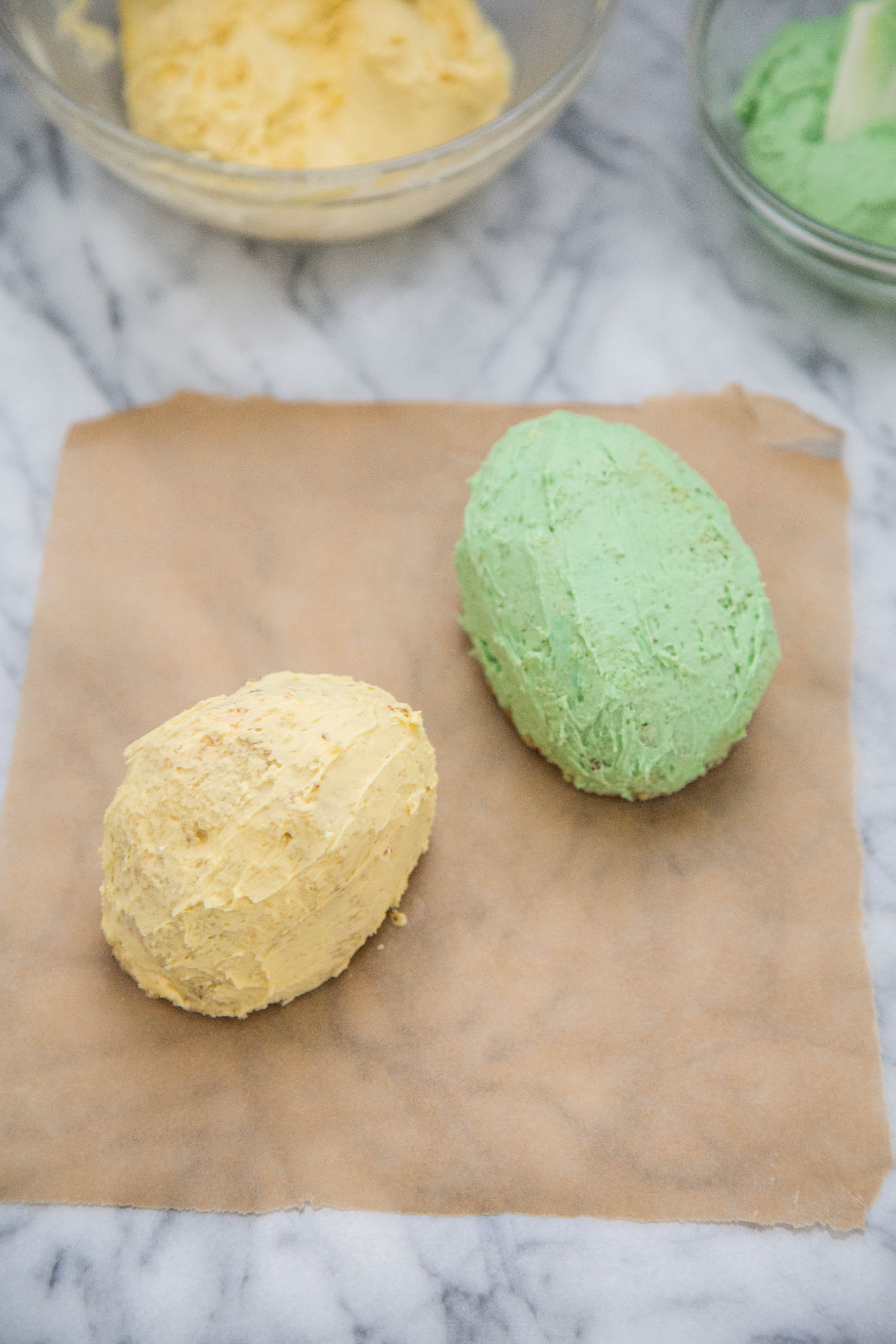 How To Make Easter Egg Cakes: gallery image 9