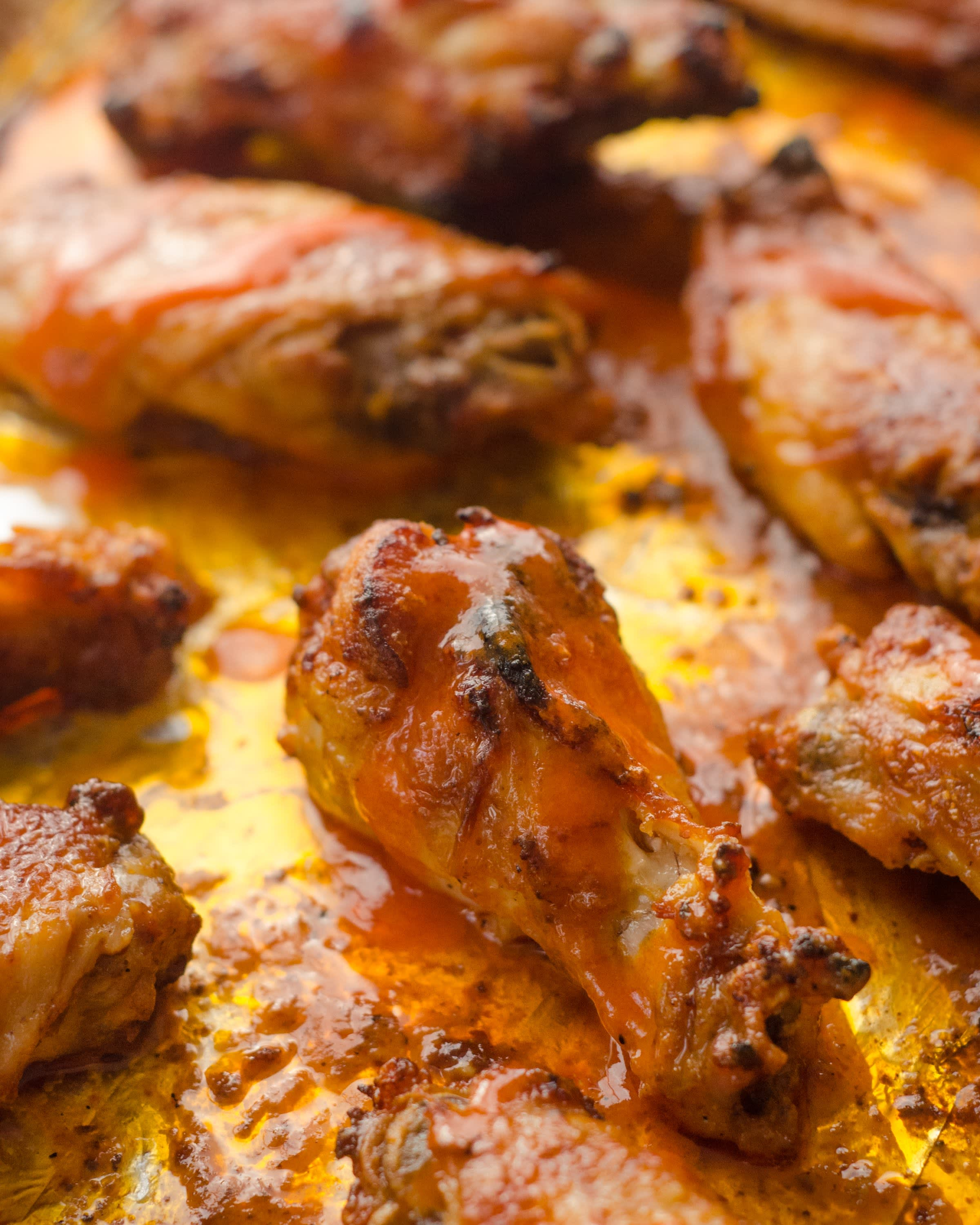 How To Make Buffalo Chicken Wings in the Oven: gallery image 13