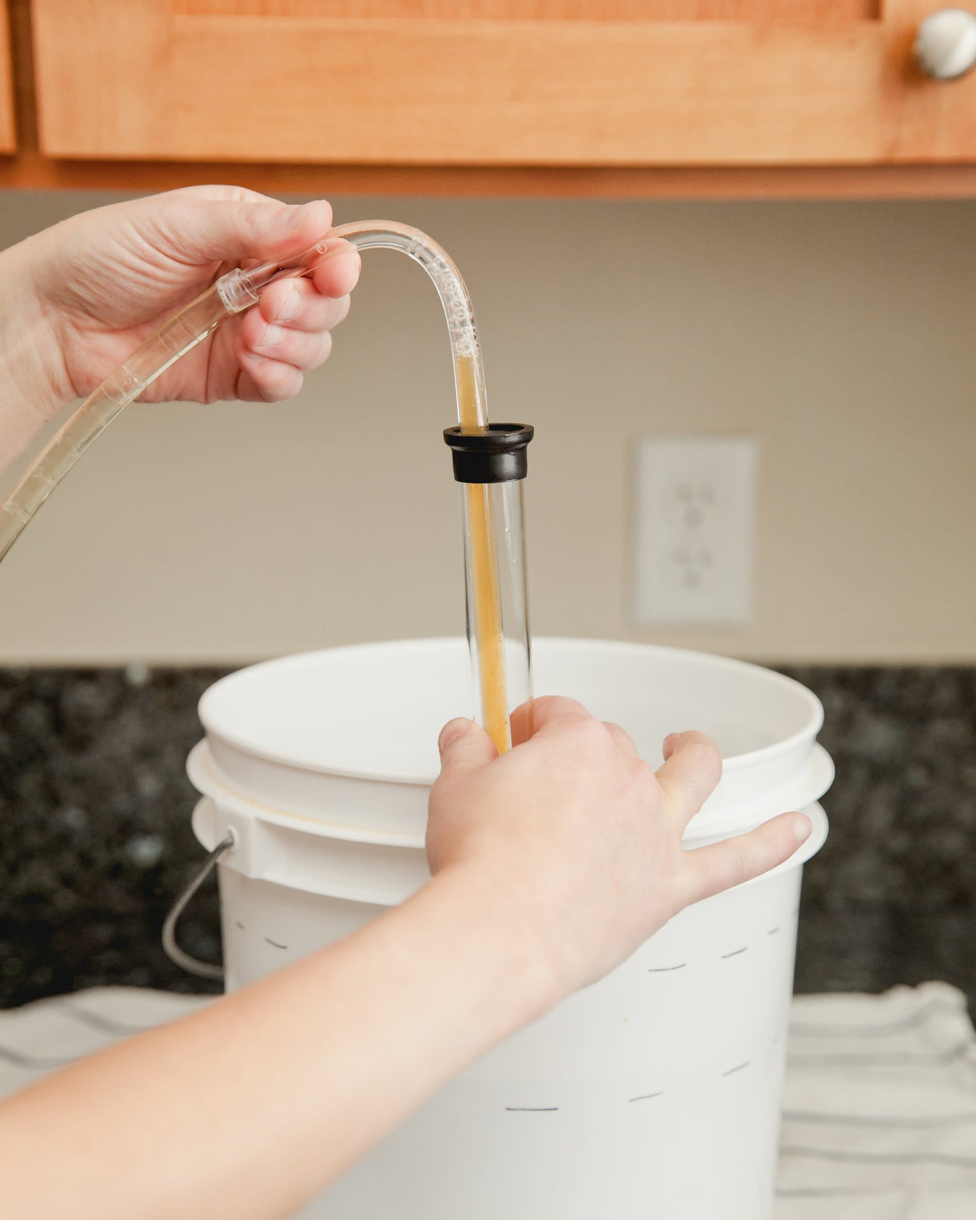 How to Transfer and Siphon Beer: gallery image 10