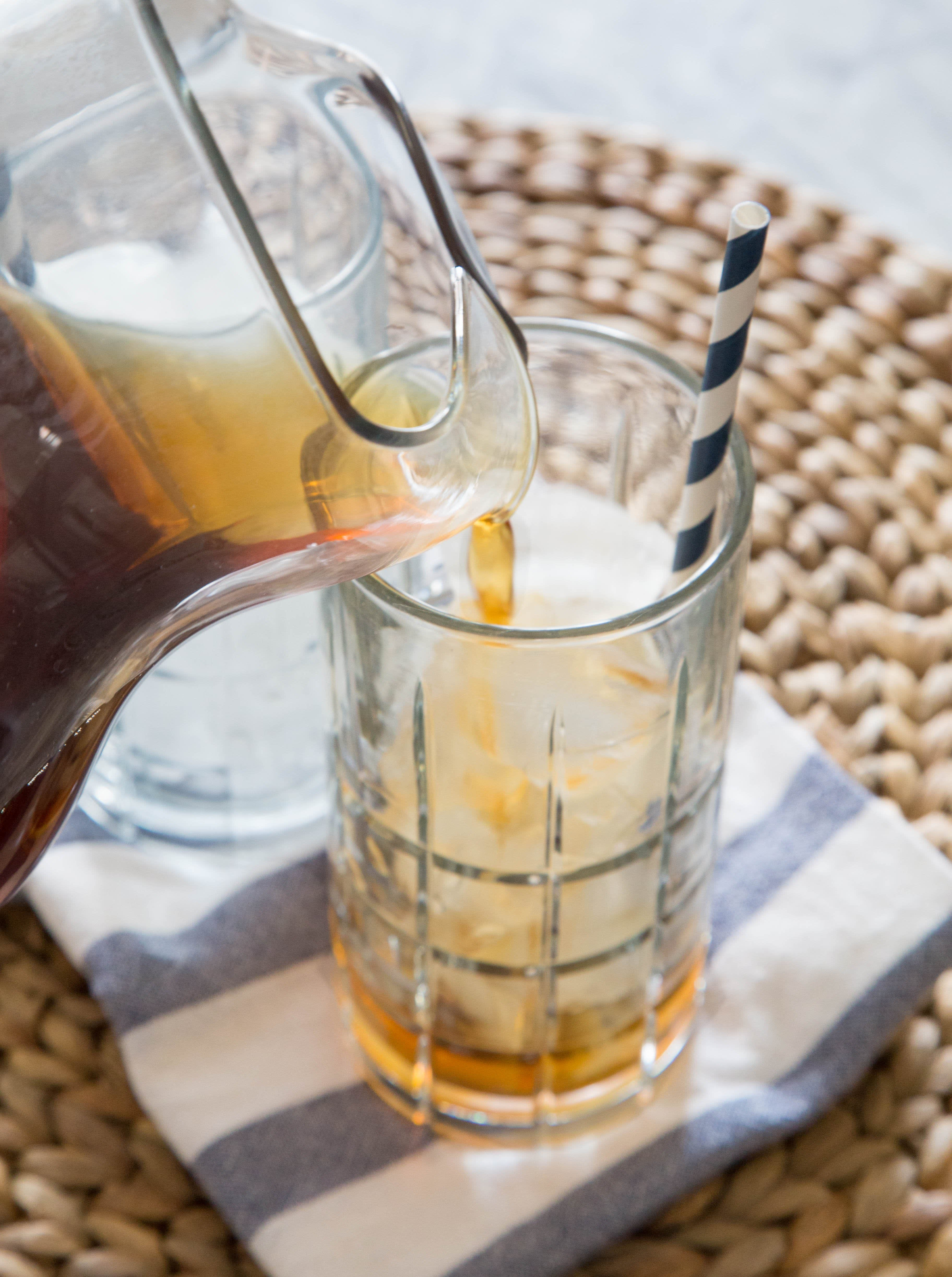 How To Make Thai Iced Tea: gallery image 9