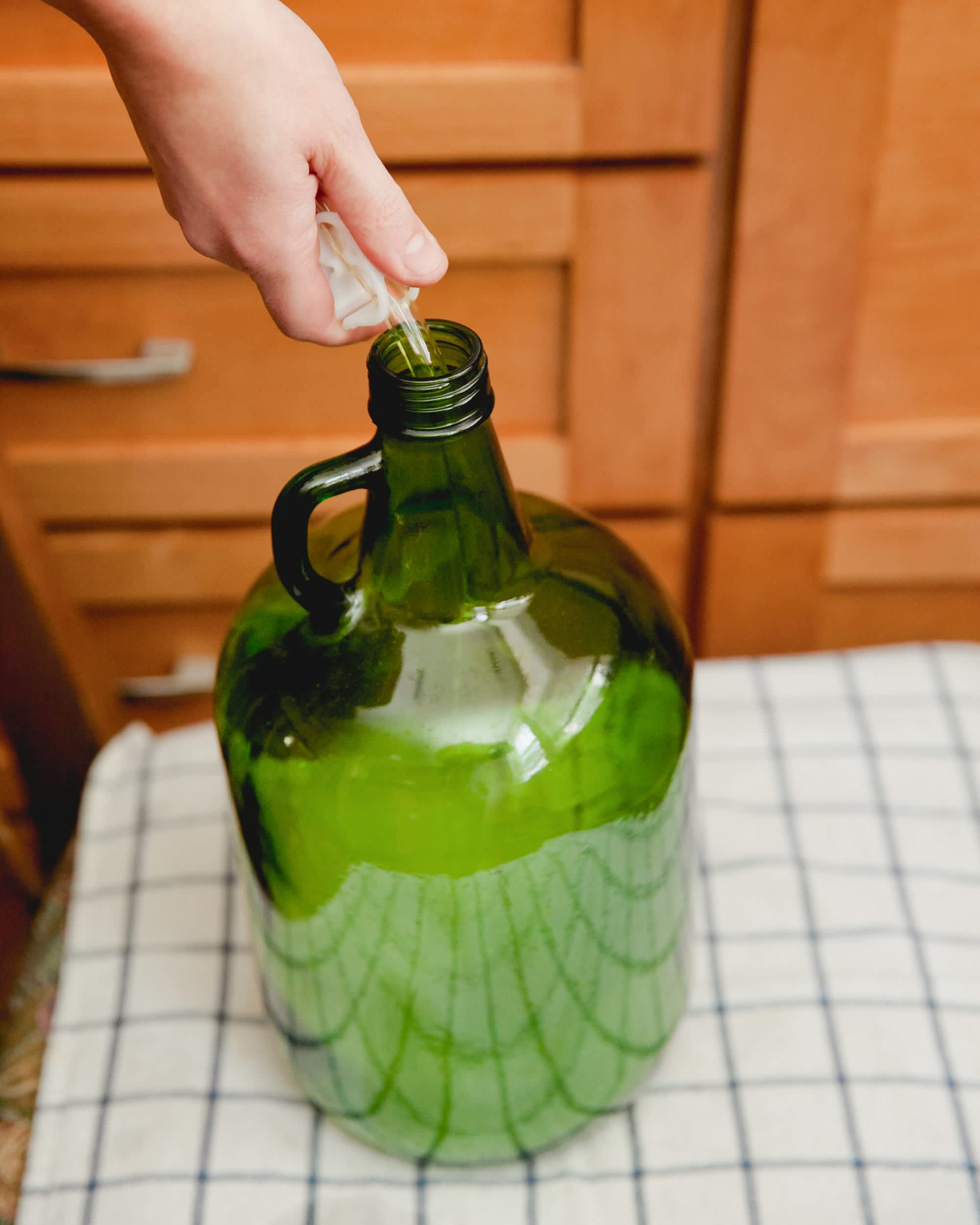 How to Transfer and Siphon Beer: gallery image 8