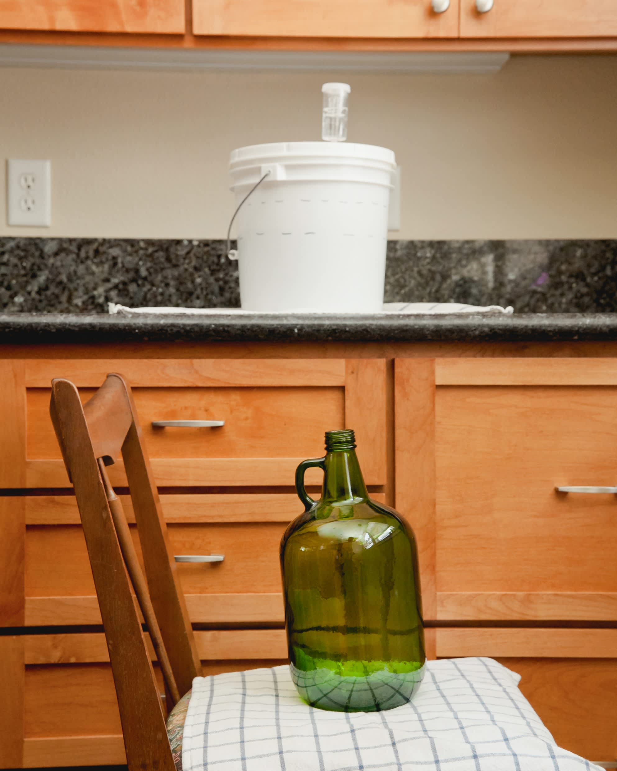 How to Transfer and Siphon Beer: gallery image 5