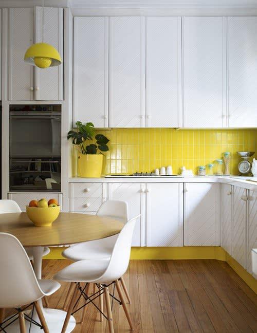 10 Bright, Cheery Yellow Kitchens: gallery image 6