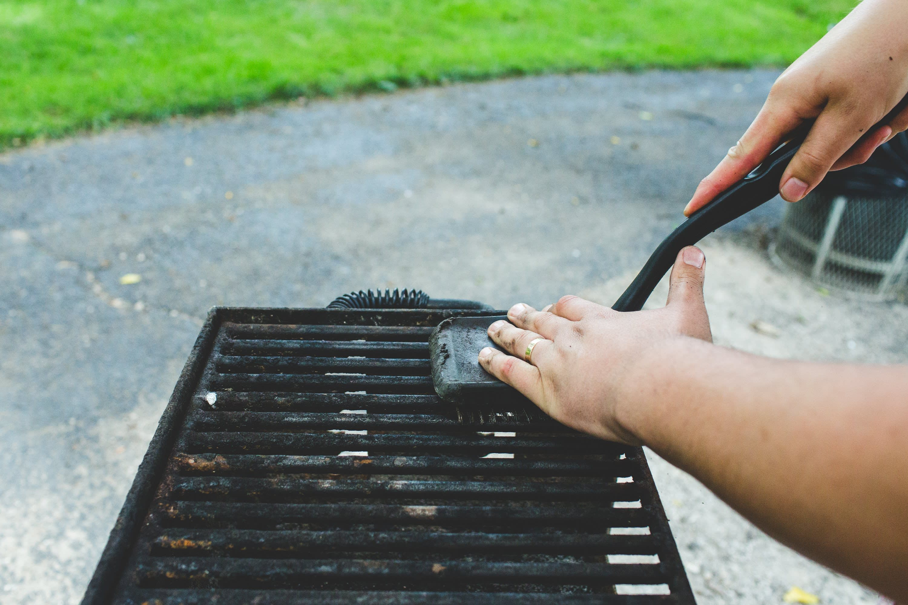 Scrubbing Grill with Grill Brush