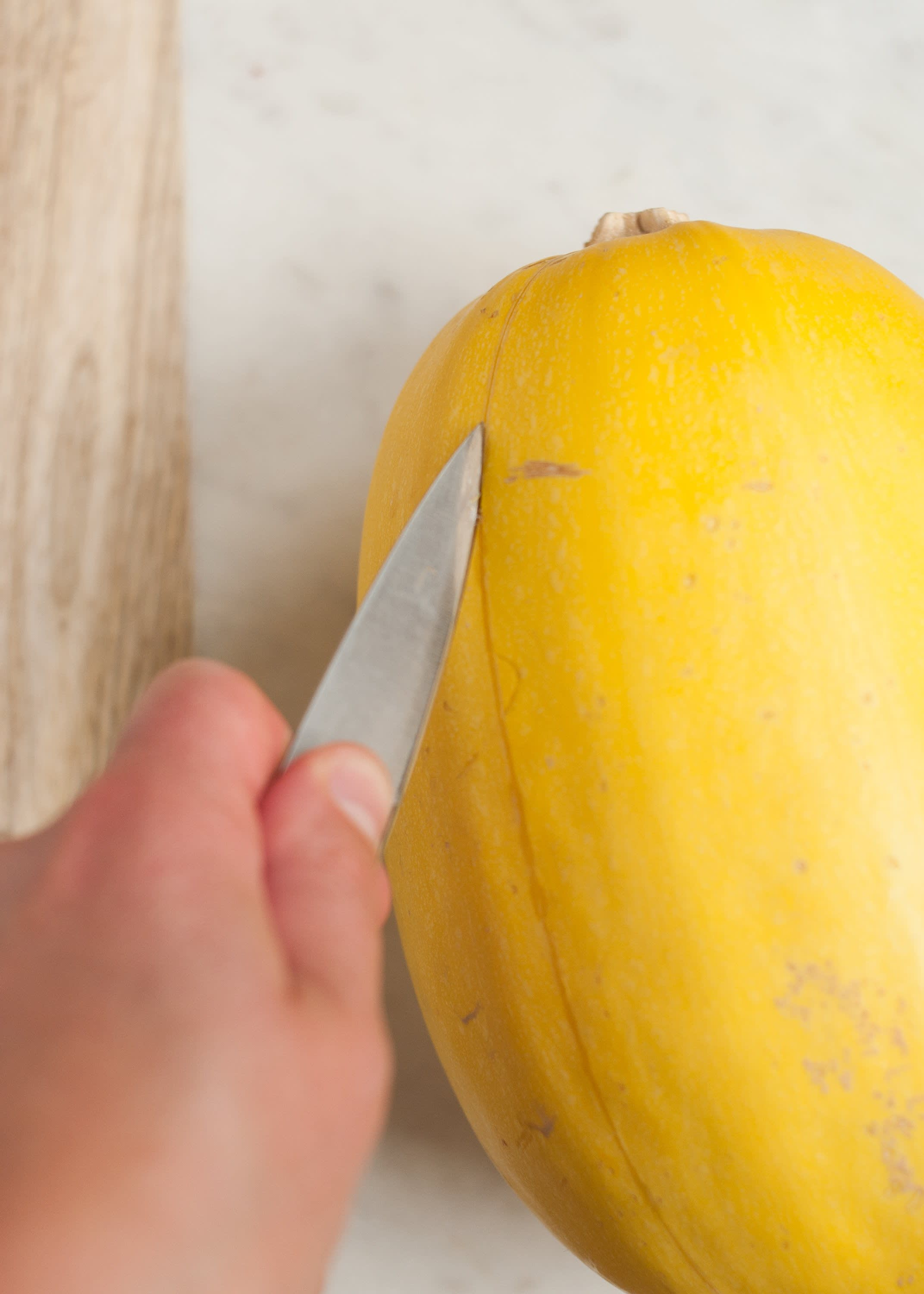How To Cook Spaghetti Squash in the Microwave: gallery image 2