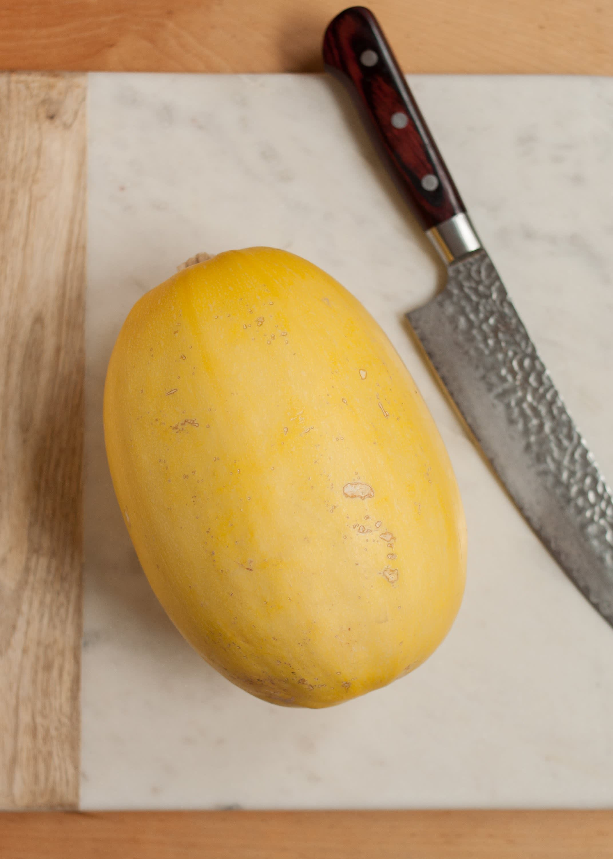 How To Cook Spaghetti Squash in the Microwave: gallery image 1
