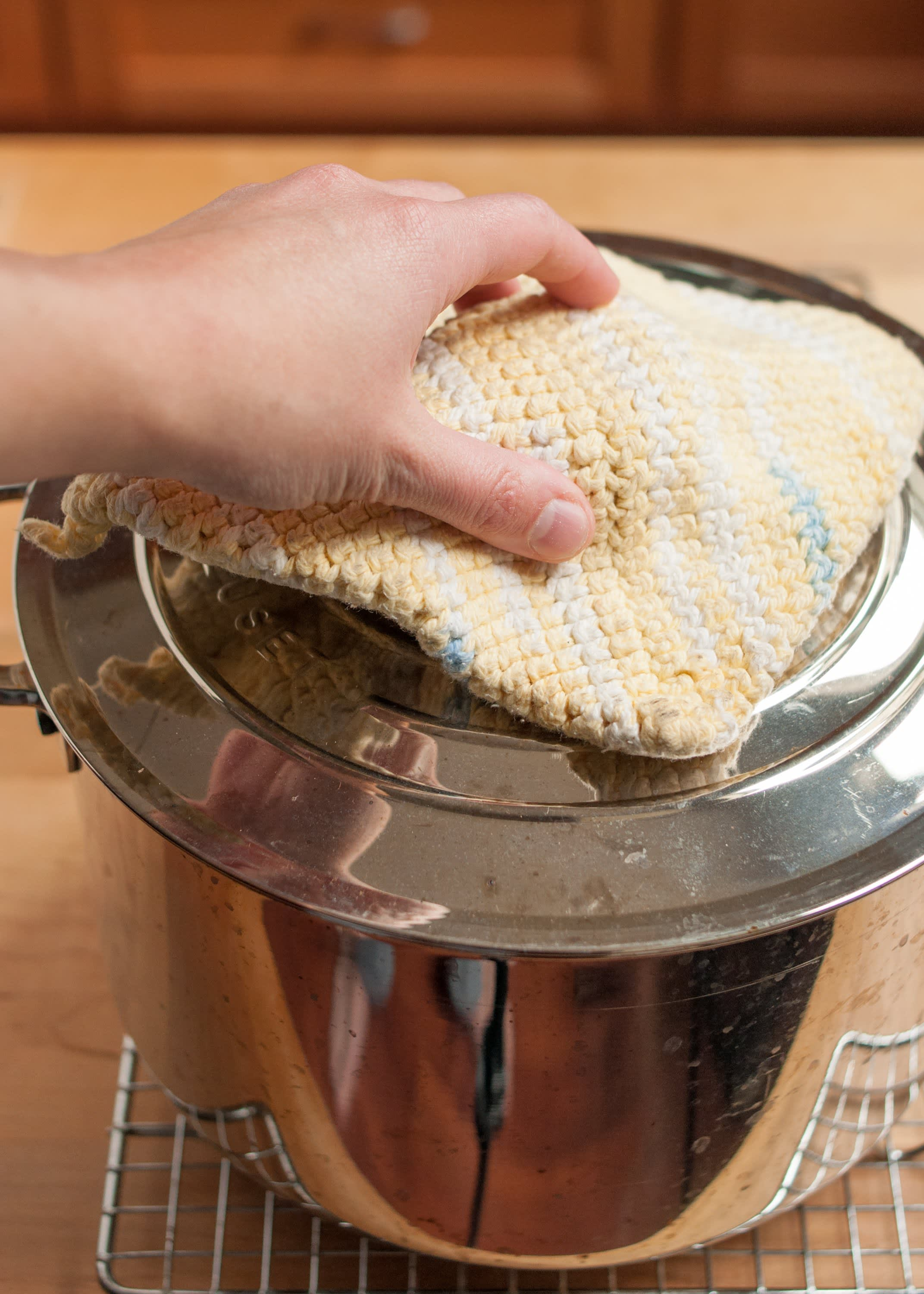 How To Make Sourdough Bread: gallery image 57