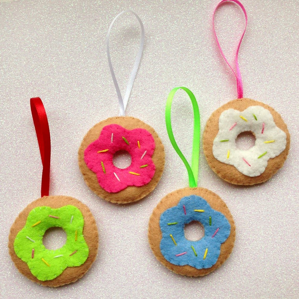 15 Food-Themed Ornaments You Need on Your Tree: gallery image 3