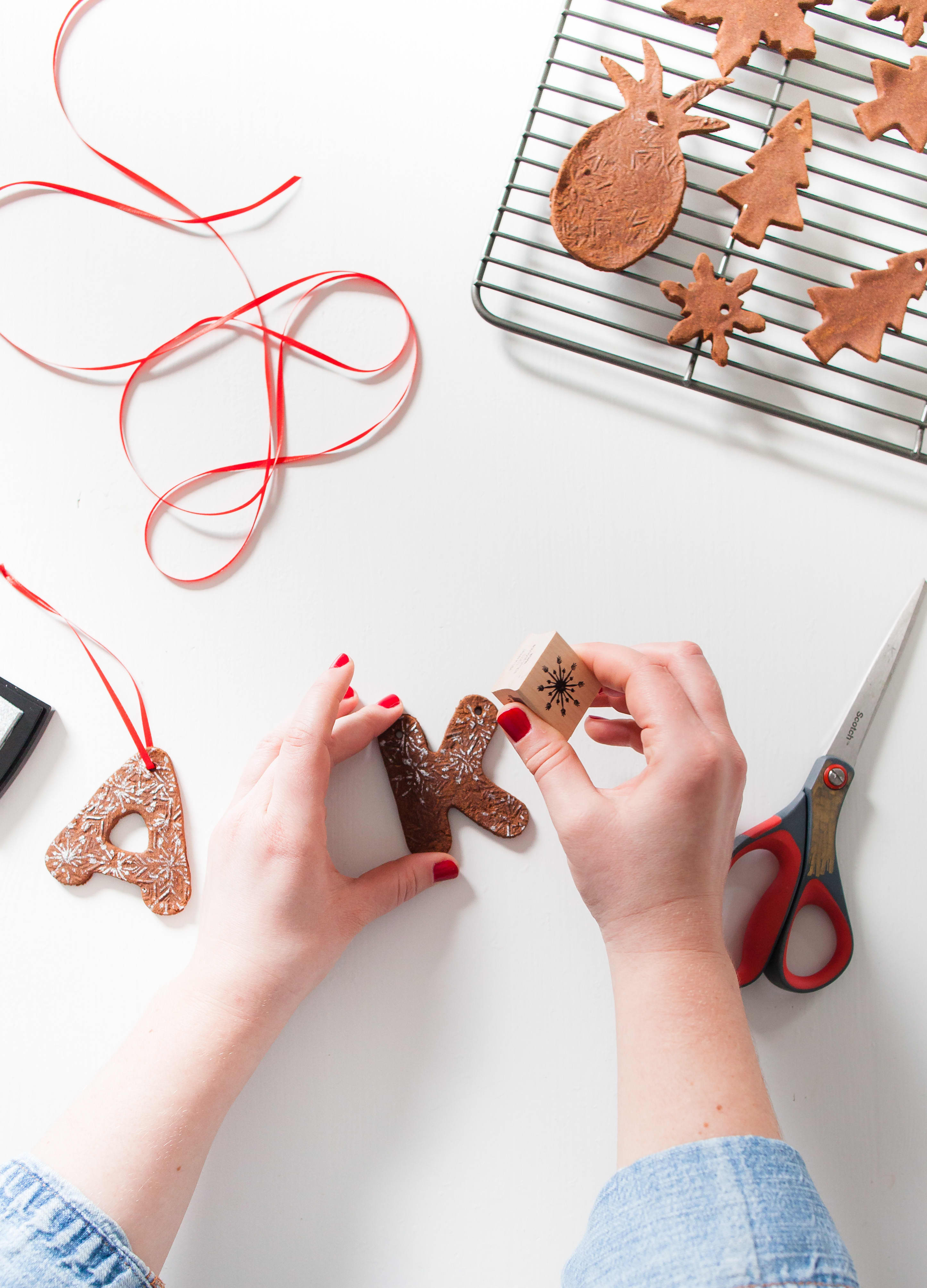 How To Make Cinnamon Dough Ornaments: gallery image 15
