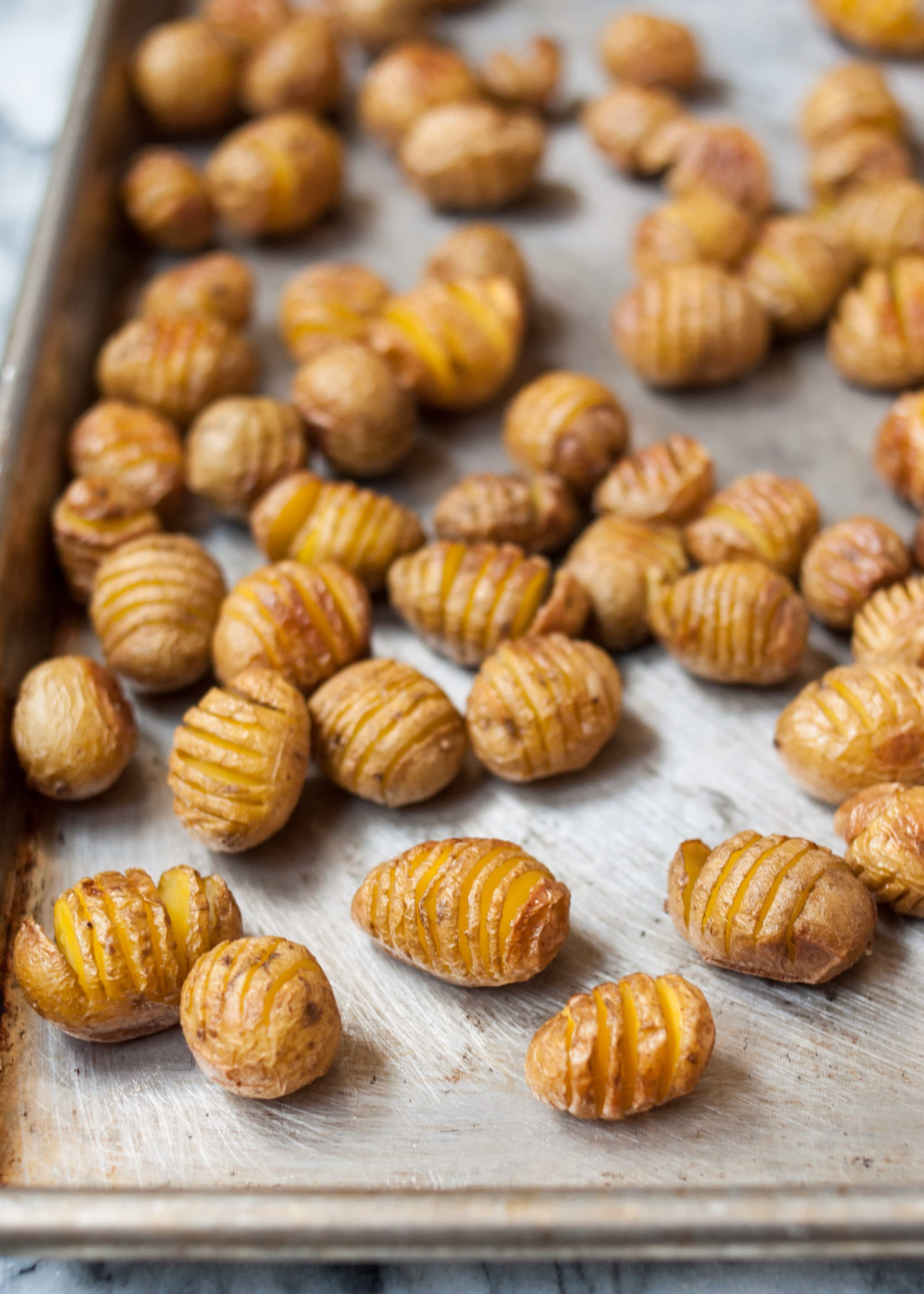 How To Make Hasselback Tater Tots: gallery image 11