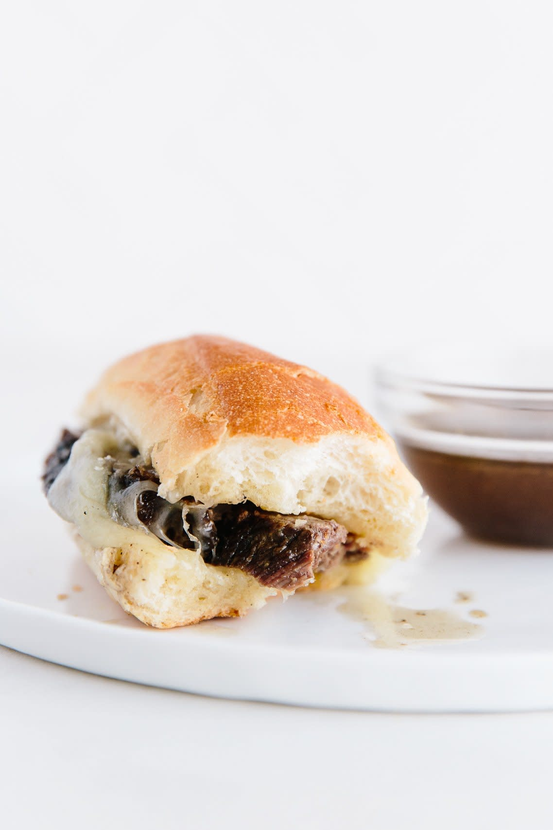 How To Make Slow Cooker French Dip Sandwiches: gallery image 20