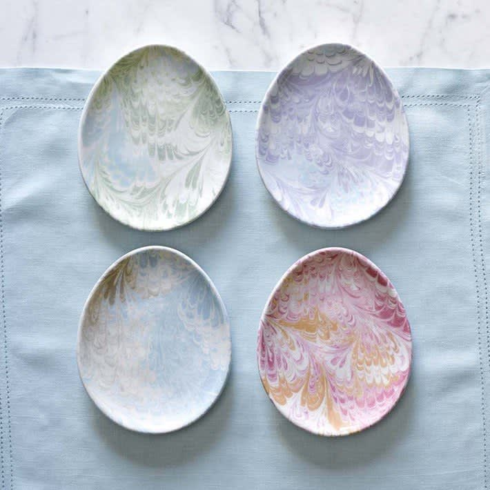 11 Egg-Shaped Kitchen & Dining Goods for Easter: gallery image 1
