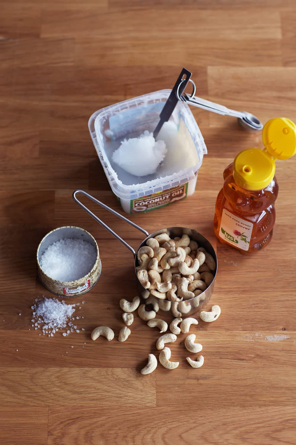 How To Make Creamy Nut Butter: gallery image 1