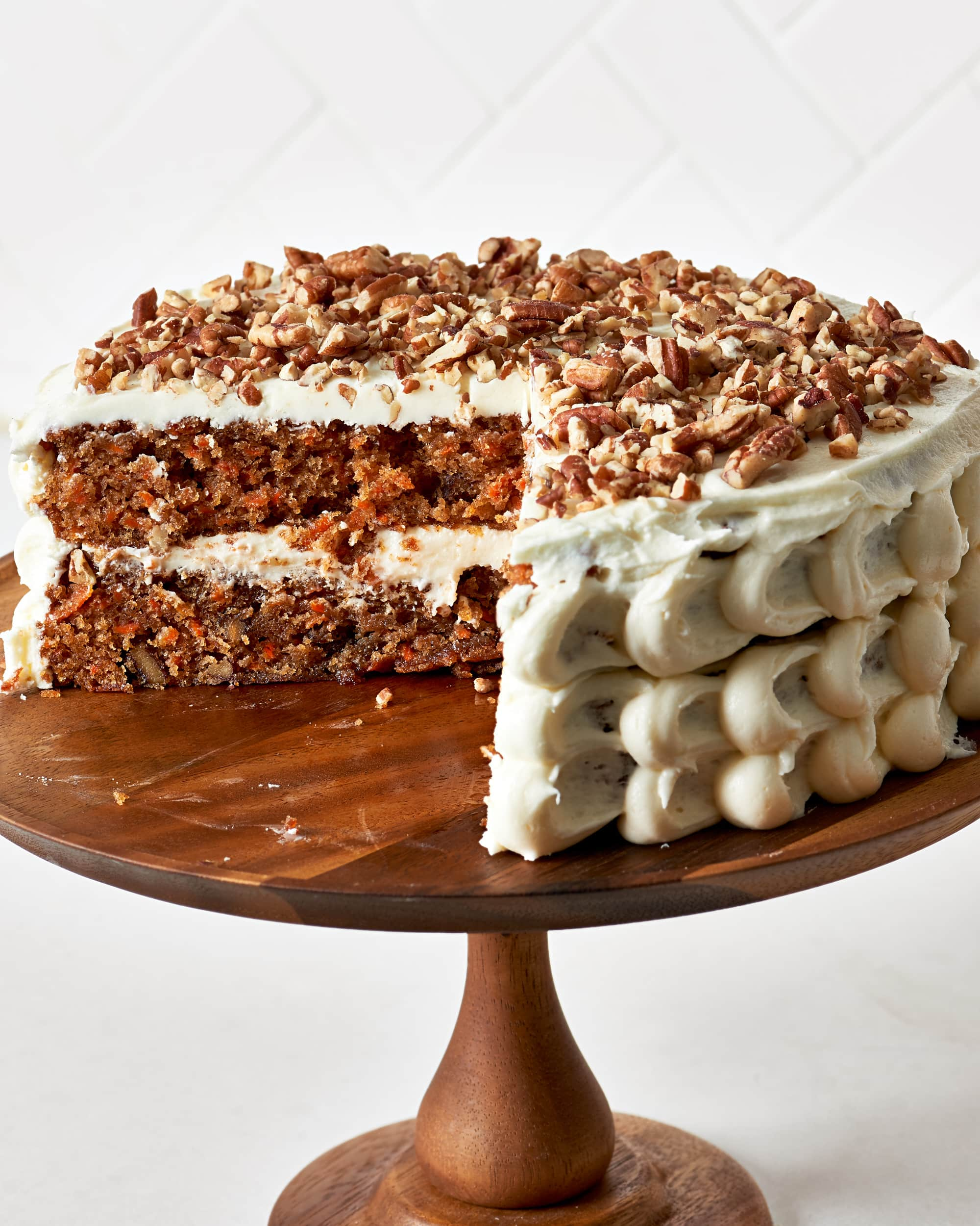 How To Make a Classic Carrot Cake with Cream Cheese Frosting: gallery image 1