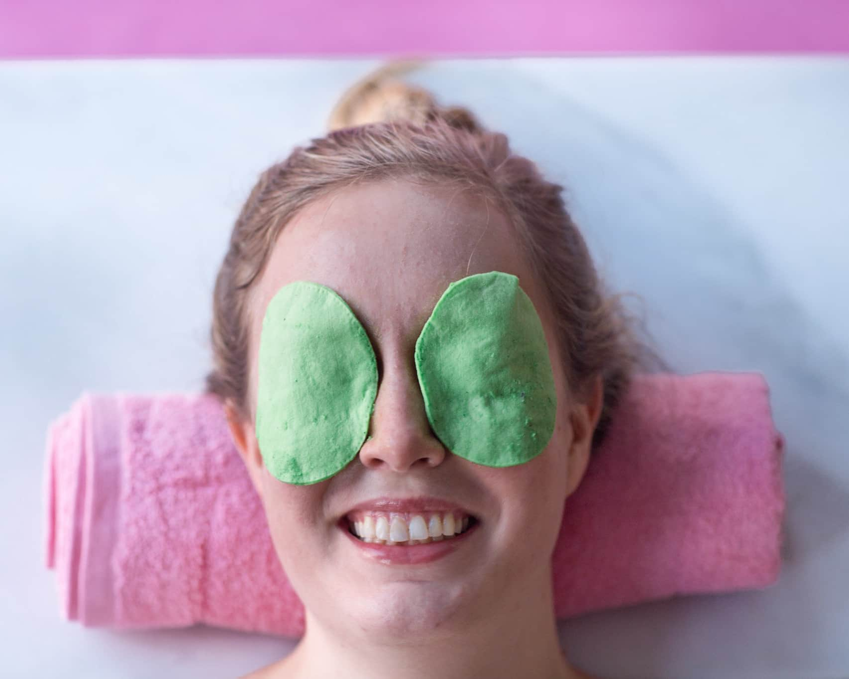 Refreshing Eye Masks Made from Cucumber & Coconut Oil: gallery image 6