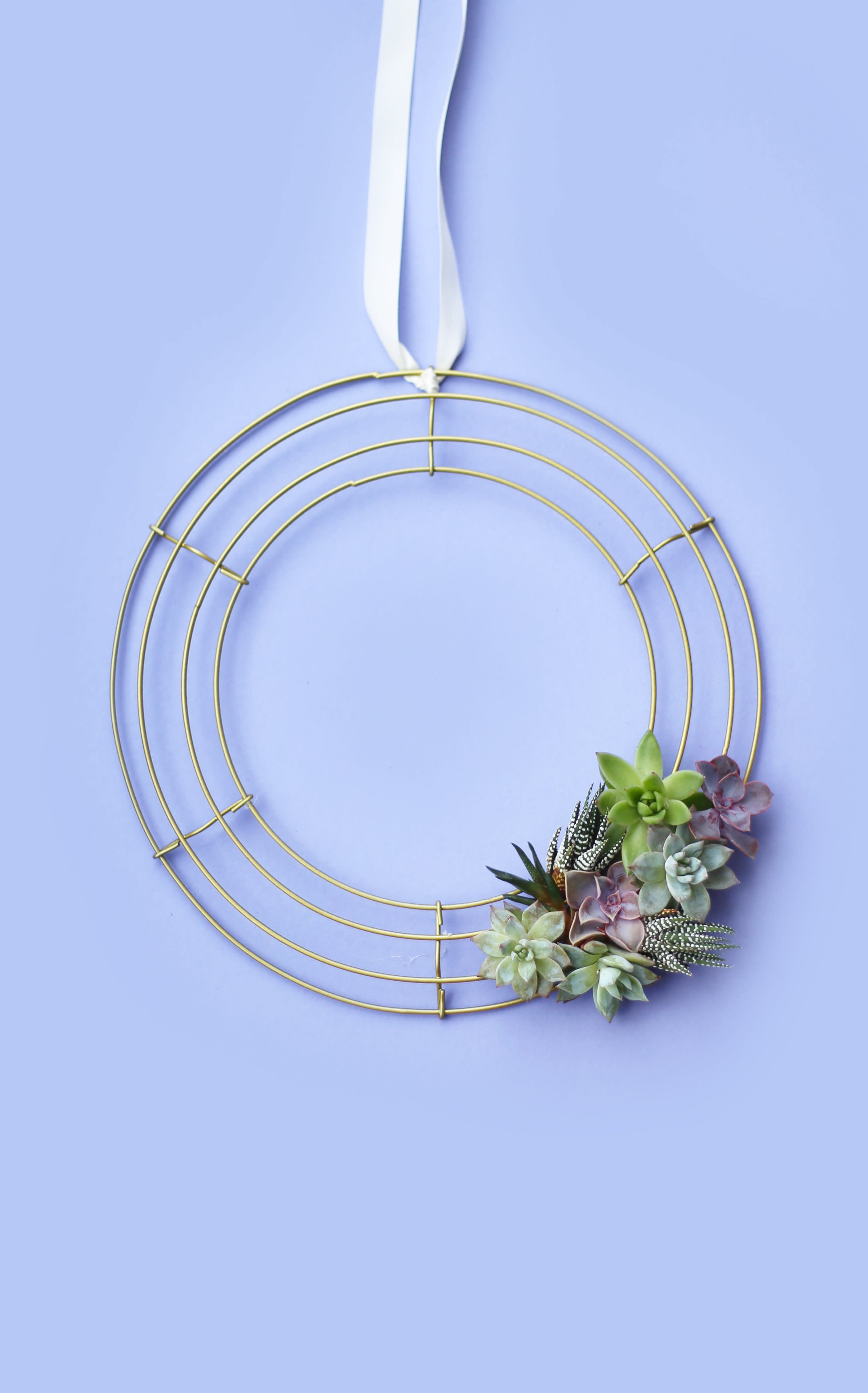 3 DIY Wreaths for Spring: gallery image 1