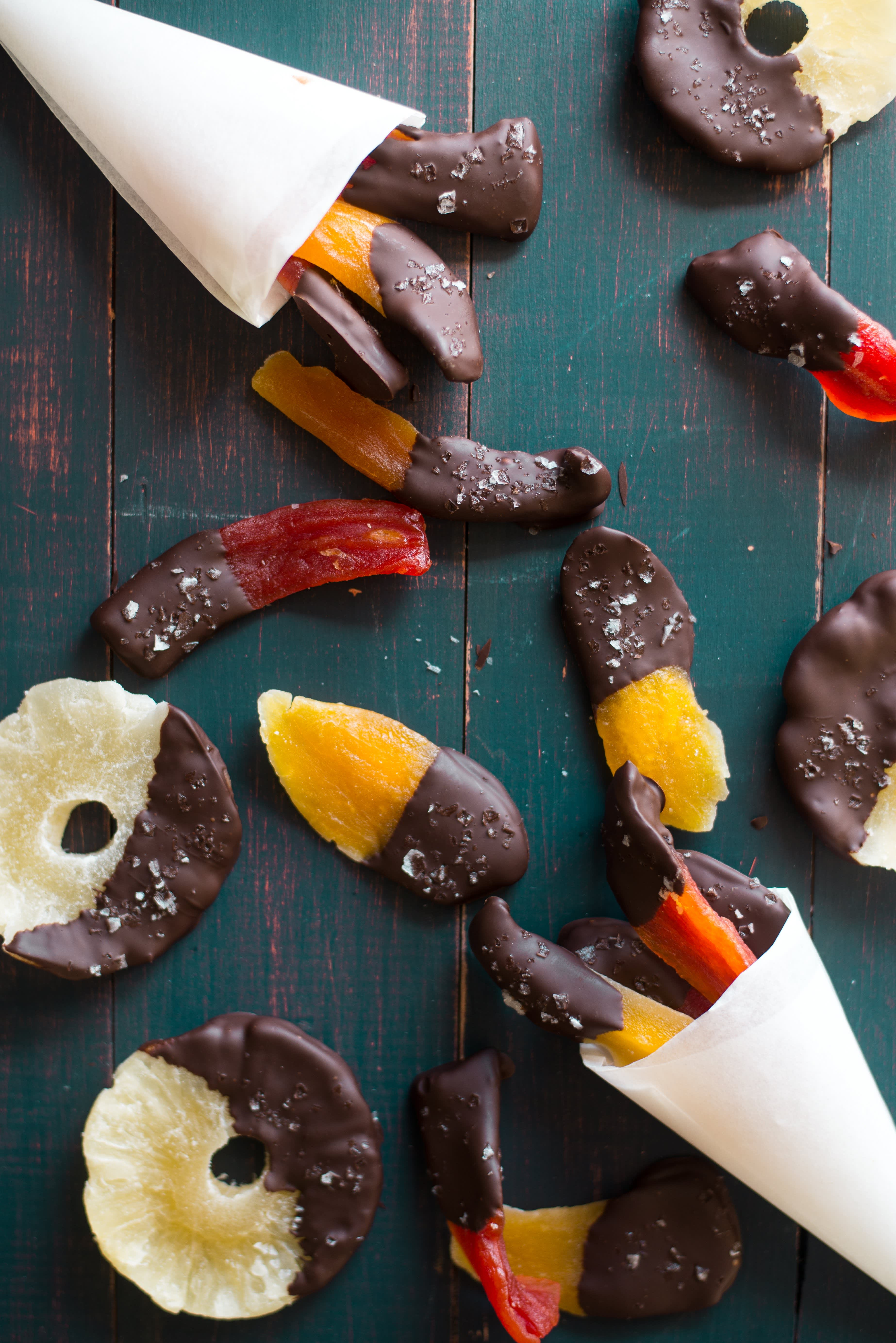 Spicy Chocolate-Dipped Tropical Fruit
