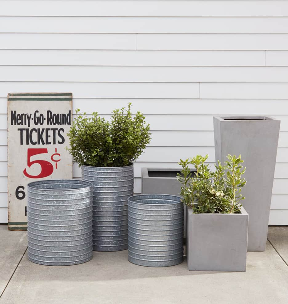 10 Ways to Perk Up Your Front Porch for Under $100: gallery image 2