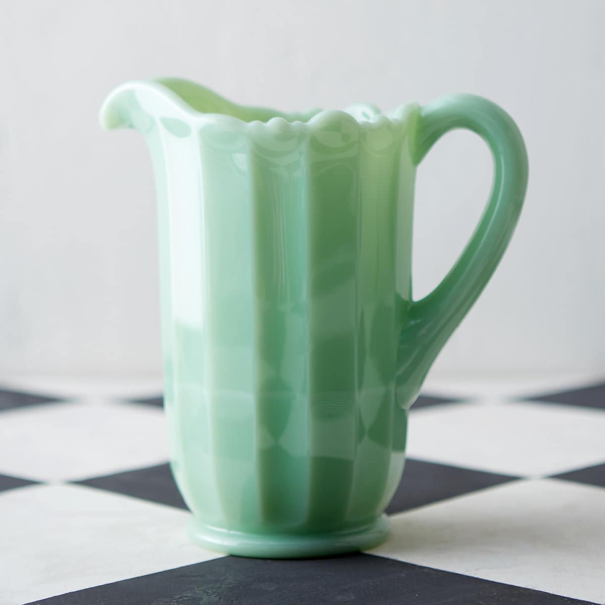 Splurge or Steal: 10 Pretty Pitchers for Summertime: gallery image 4